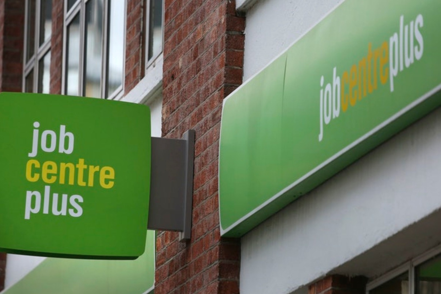 Big increase in Universal Credit claims by over-50s, study suggests