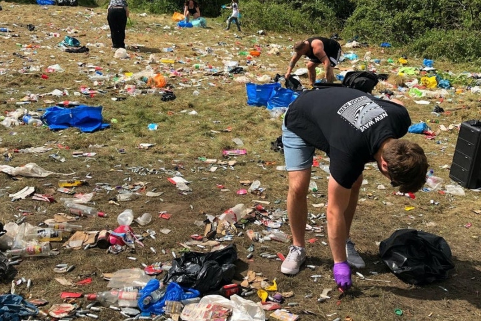 Police urge revellers not to attend illegal raves