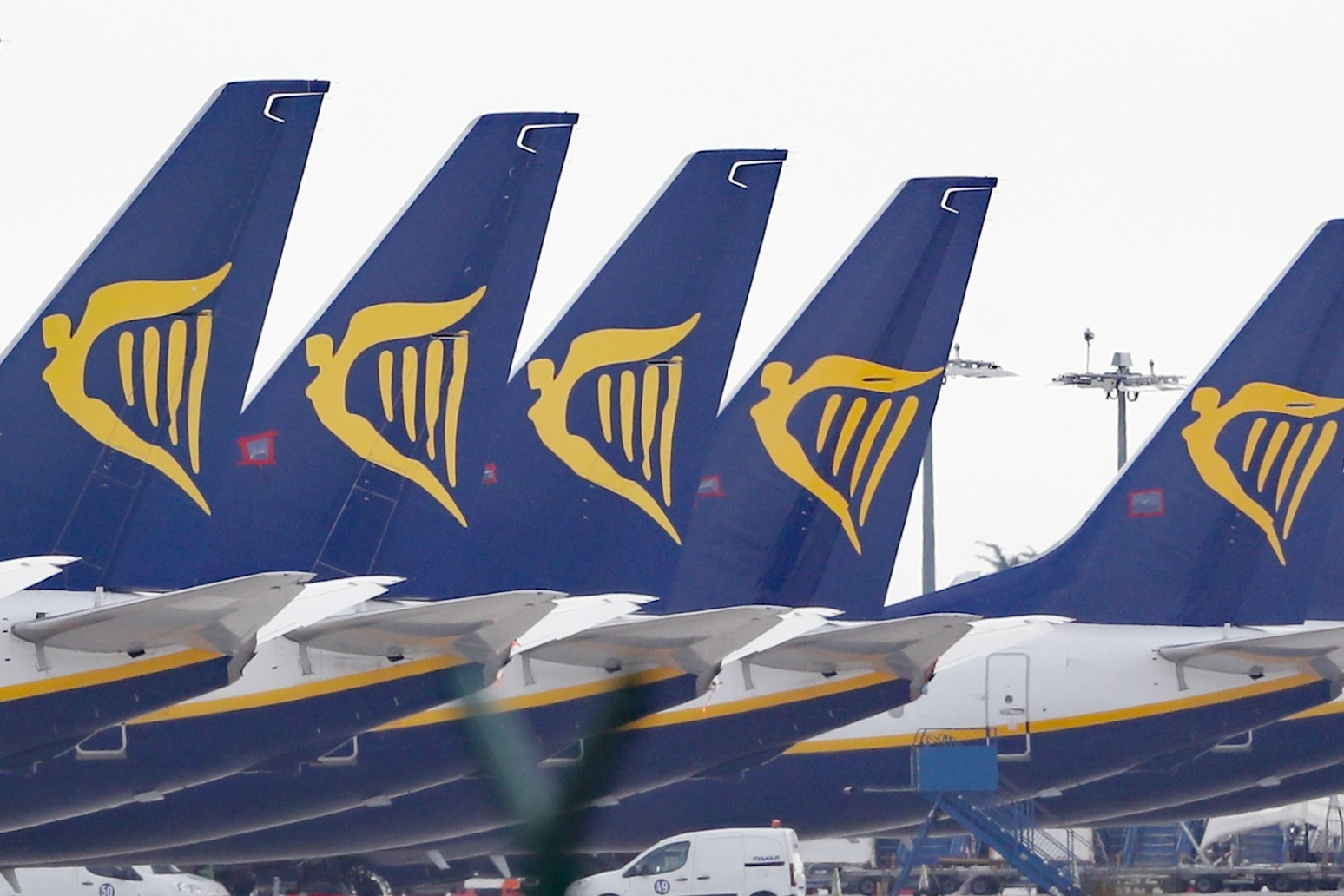 Ryanair suffers €185m loss after coronavirus shutdown