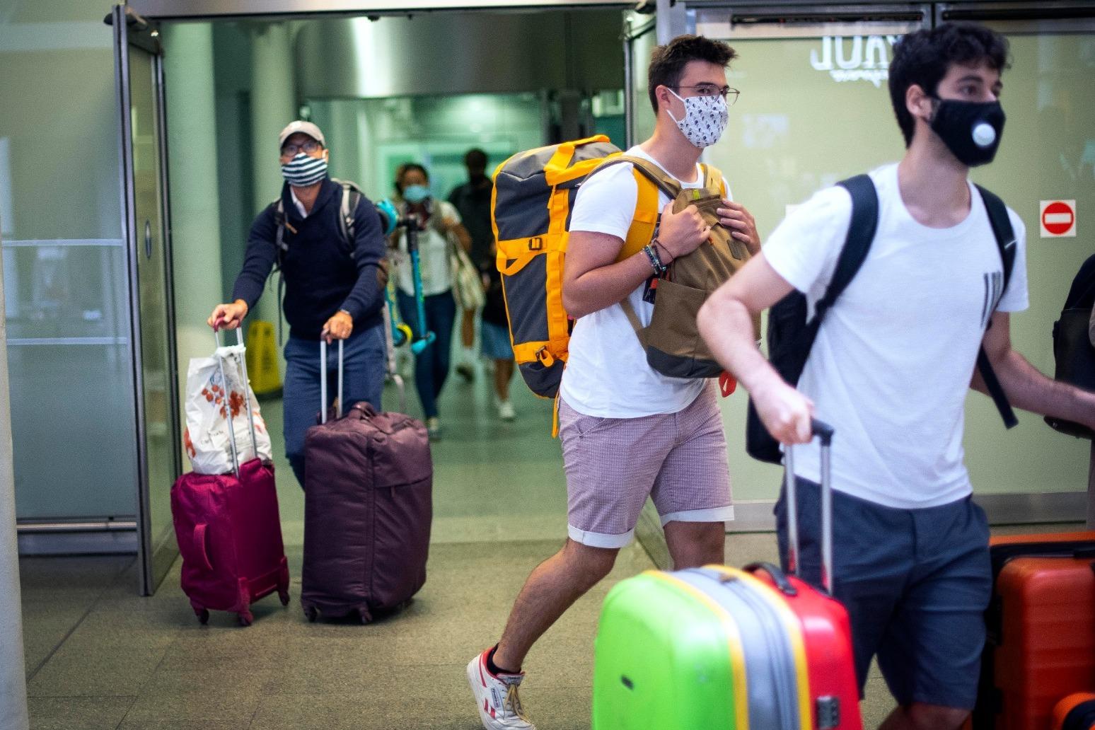 Travellers frustrated after missing quarantine deadline