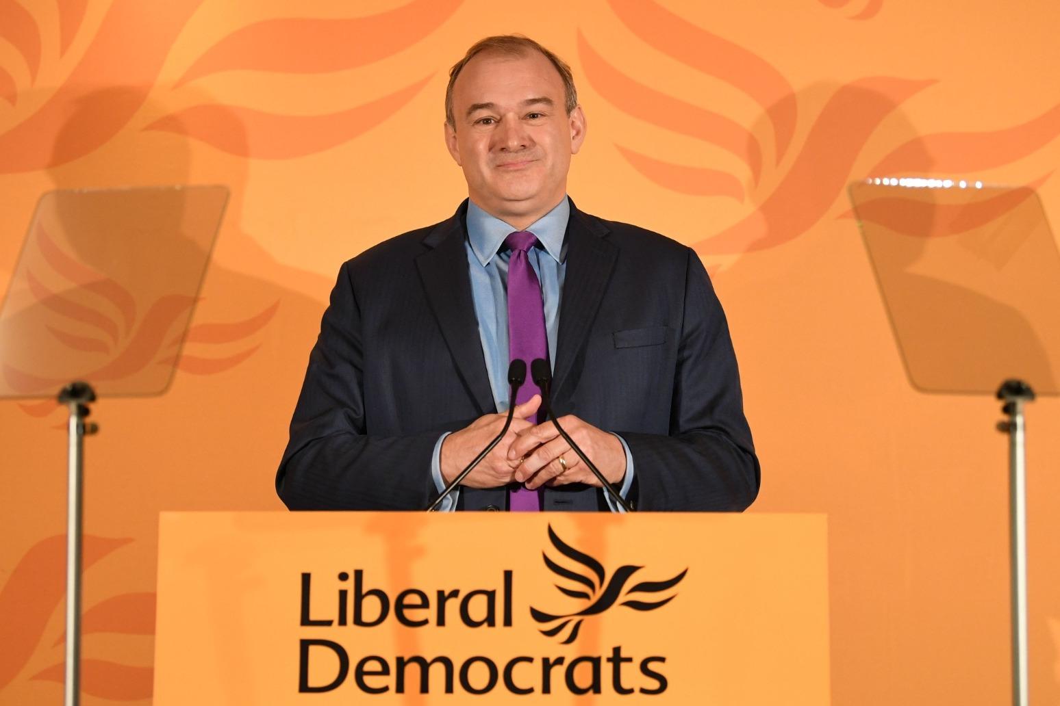 Davey elected Lib Dems leader