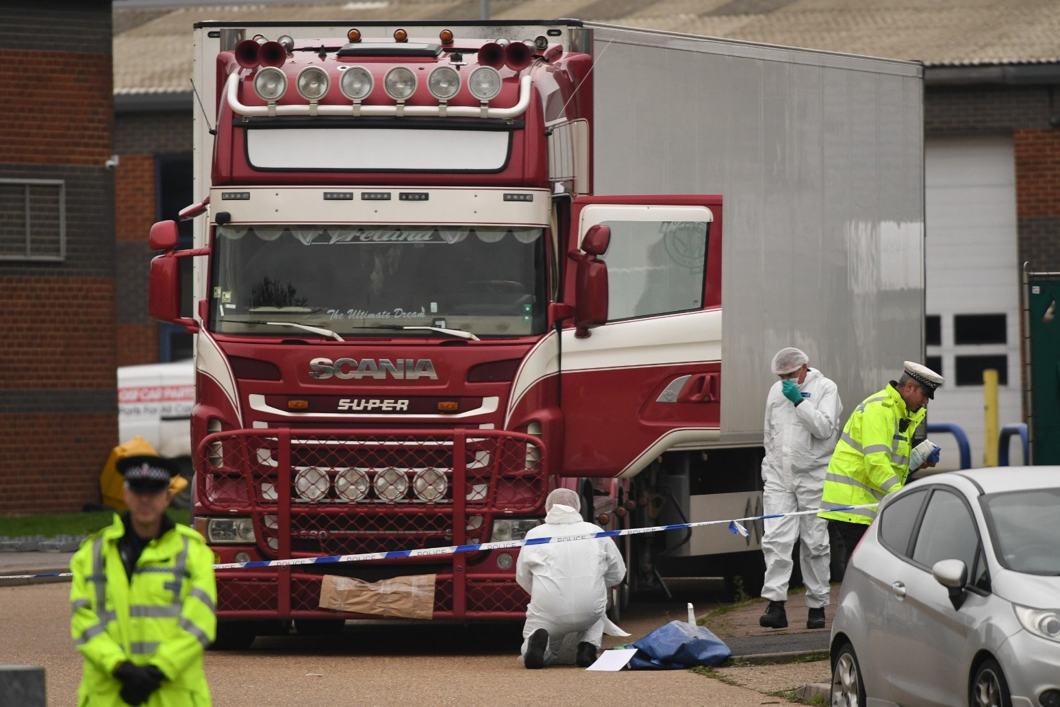 Lorry driver pleads guilty to 39 counts of manslaughter