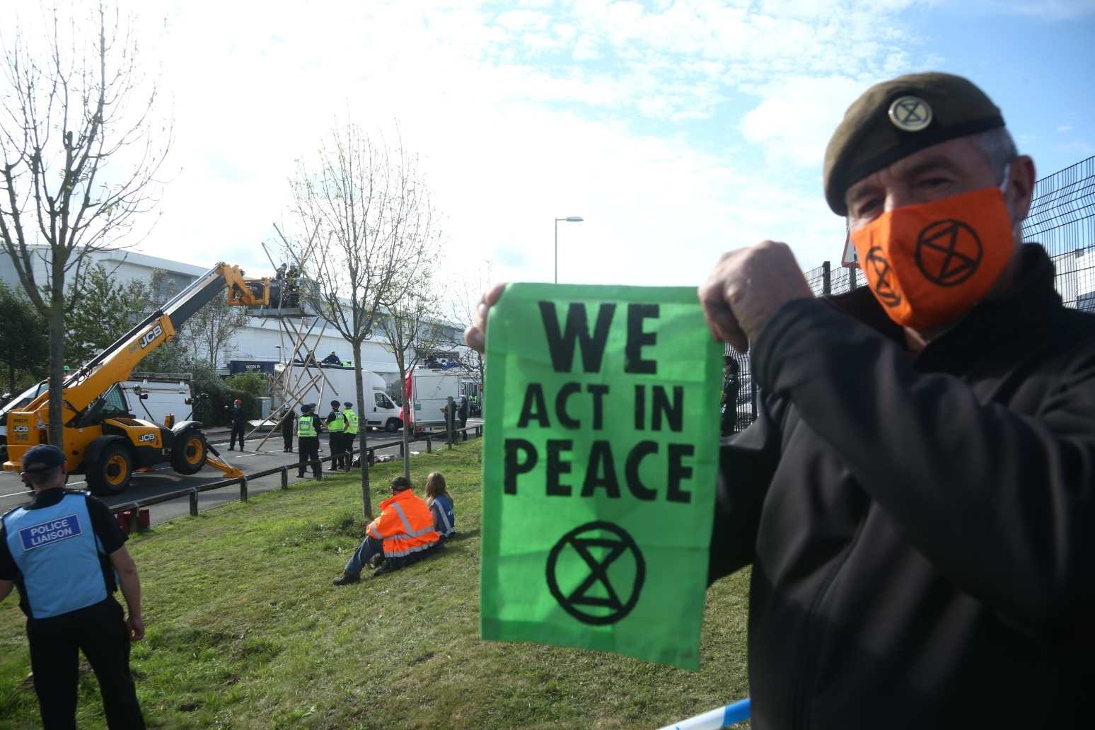 Extinction Rebellion target newspaper printing presses