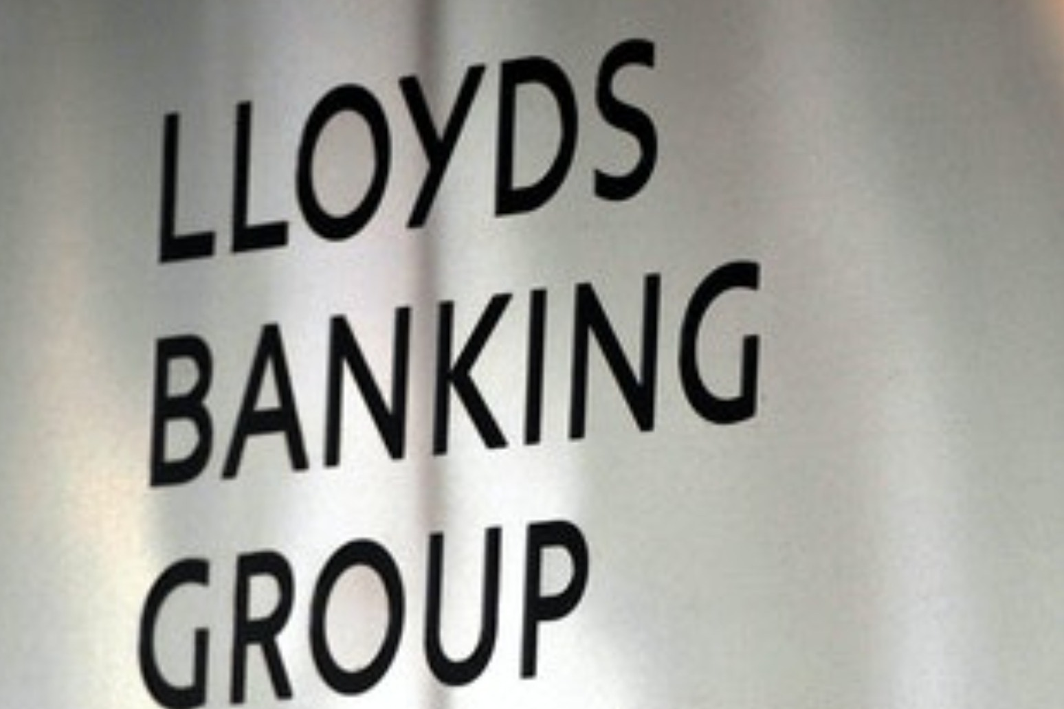 Lloyds Banking Group to cut another 1,070 jobs