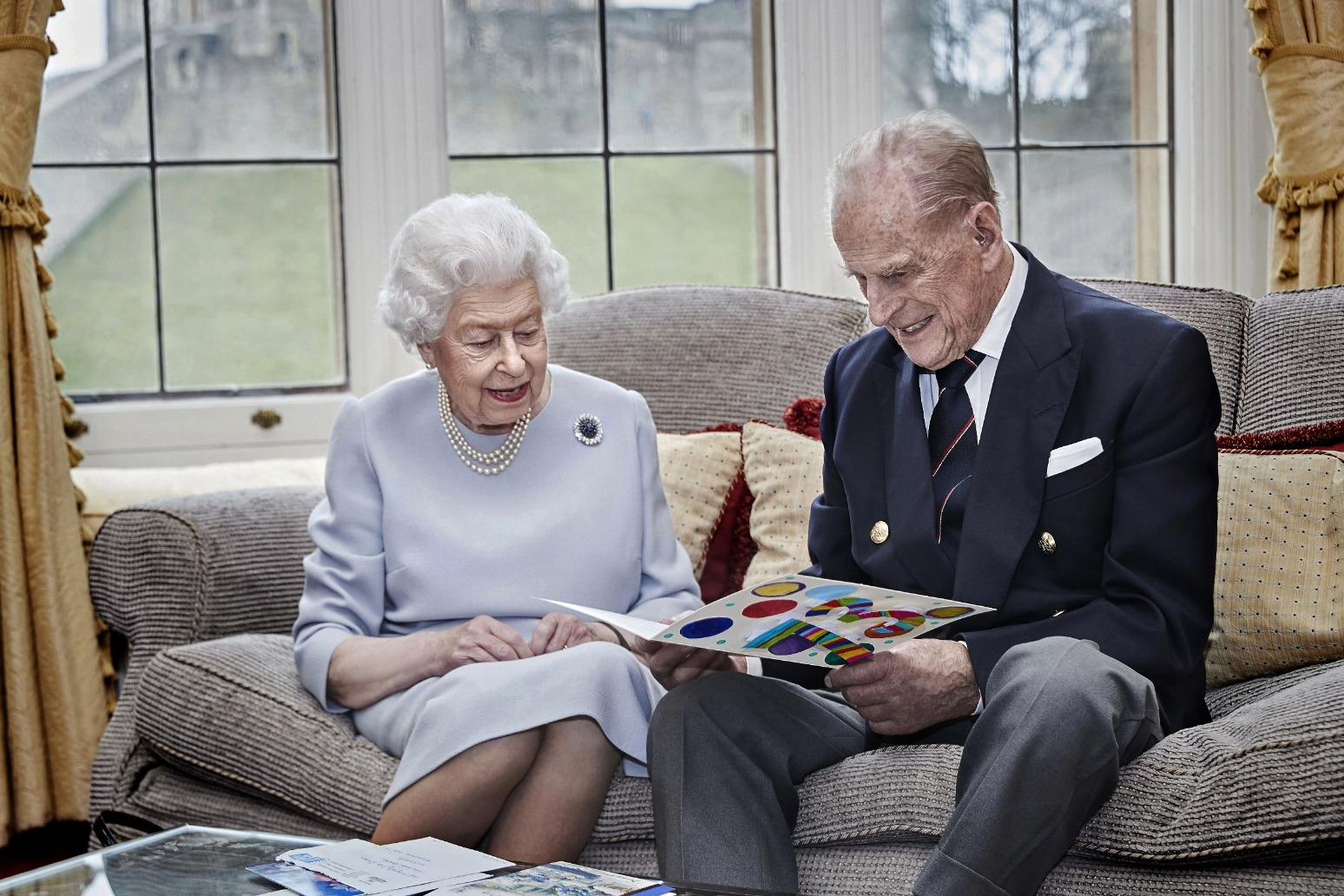 Queen and Duke of Edinburgh mark wedding anniversary with new photo