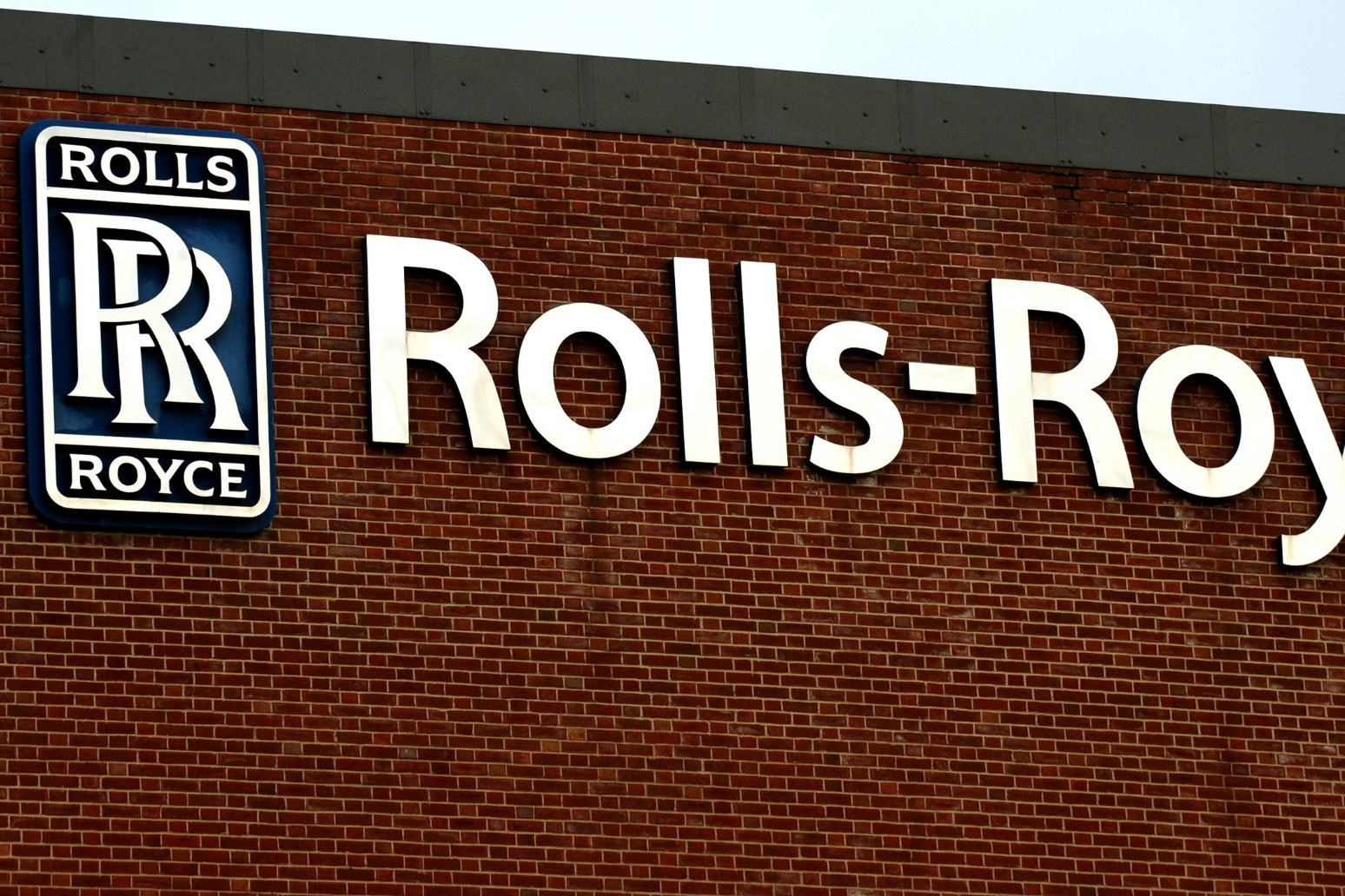 Rolls-Royce factory workers reach deal after strike action over job cuts