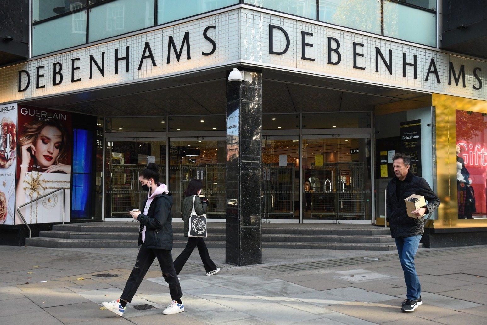 320 jobs to go as Debenhams permanently shuts six more stores