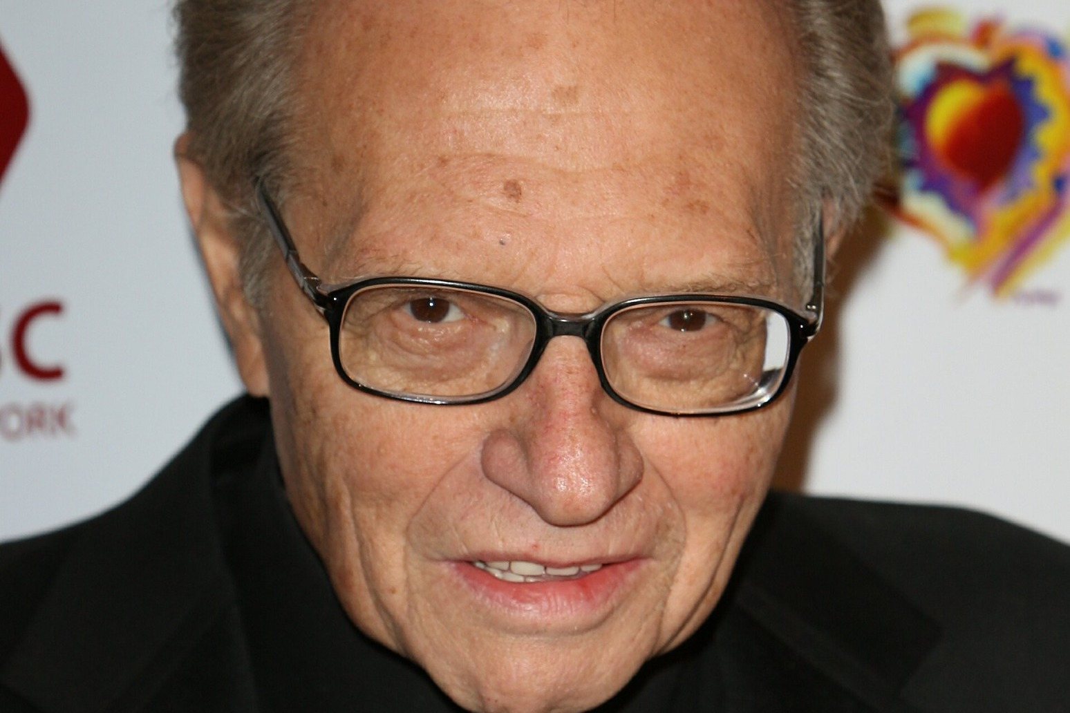 US talk show host Larry King has died in Los Angeles at the age of 87 thumbnail