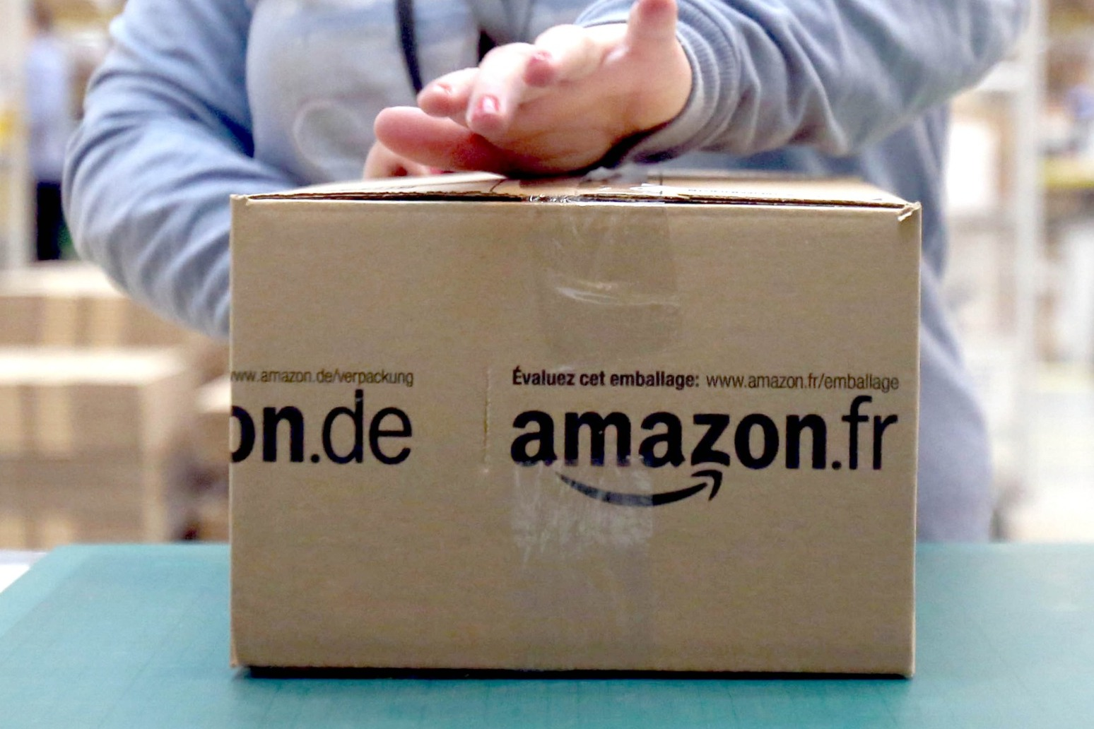 Amazon to introduce new technology into UK operations