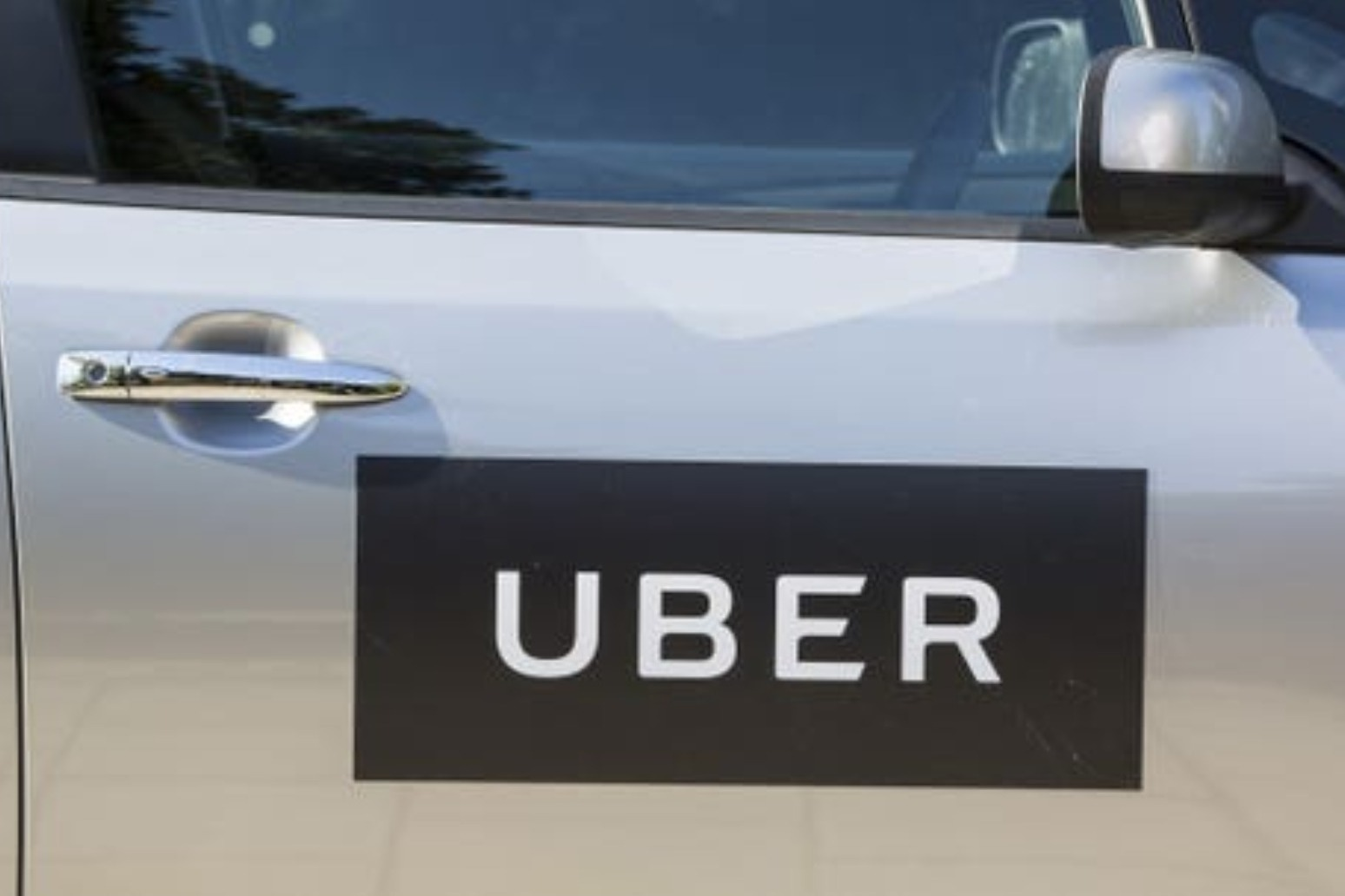 Uber loses court battle as Supreme Court rules drivers are workers