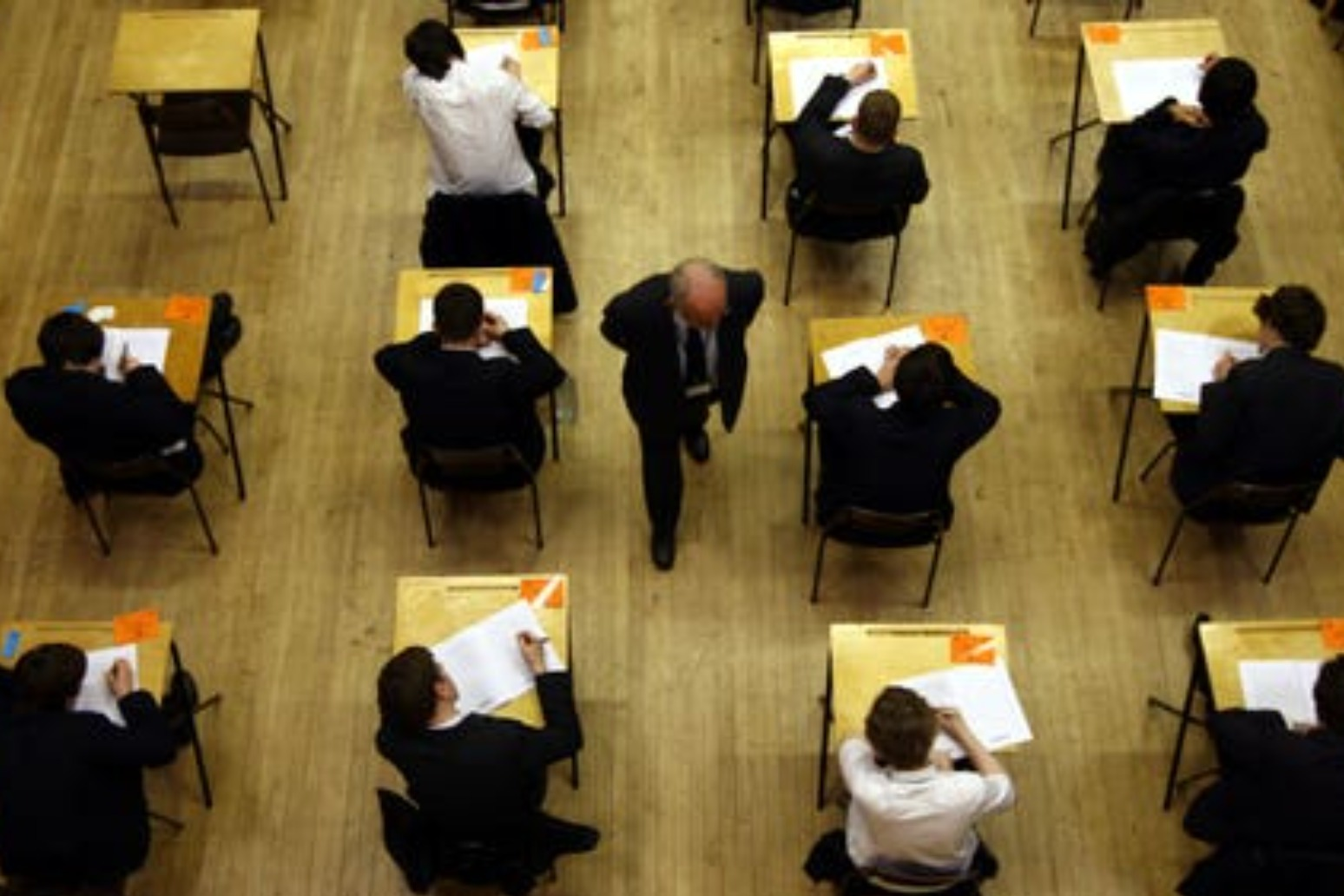 How will students in England receive exam grades this summer?