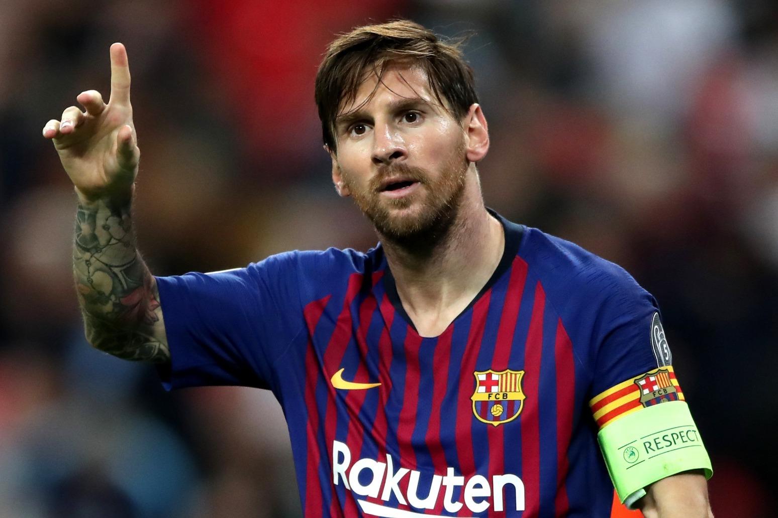 Lionel Messi leaving FC Barcelona