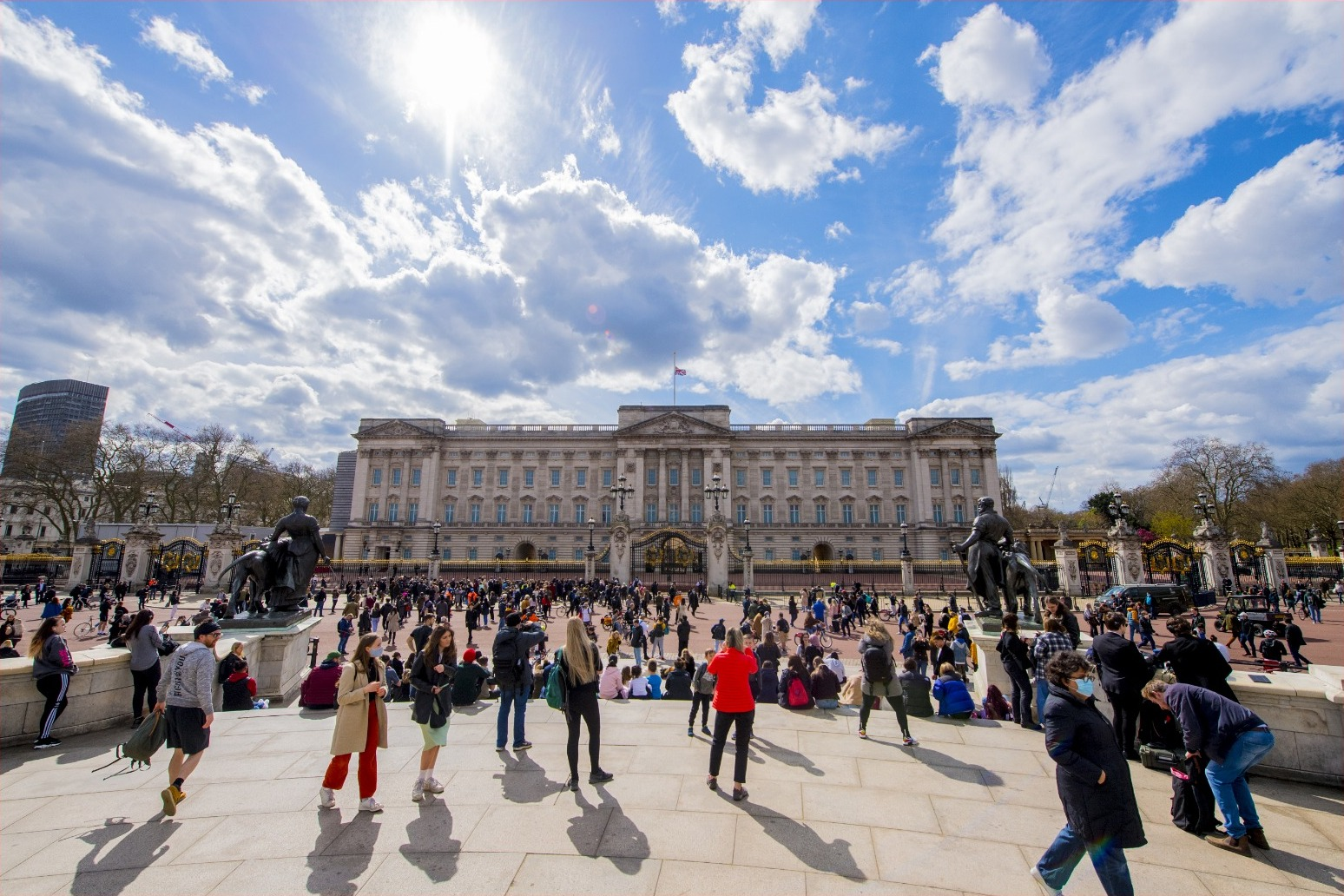 People flock to Buckingham Palace to pay respects to Philip