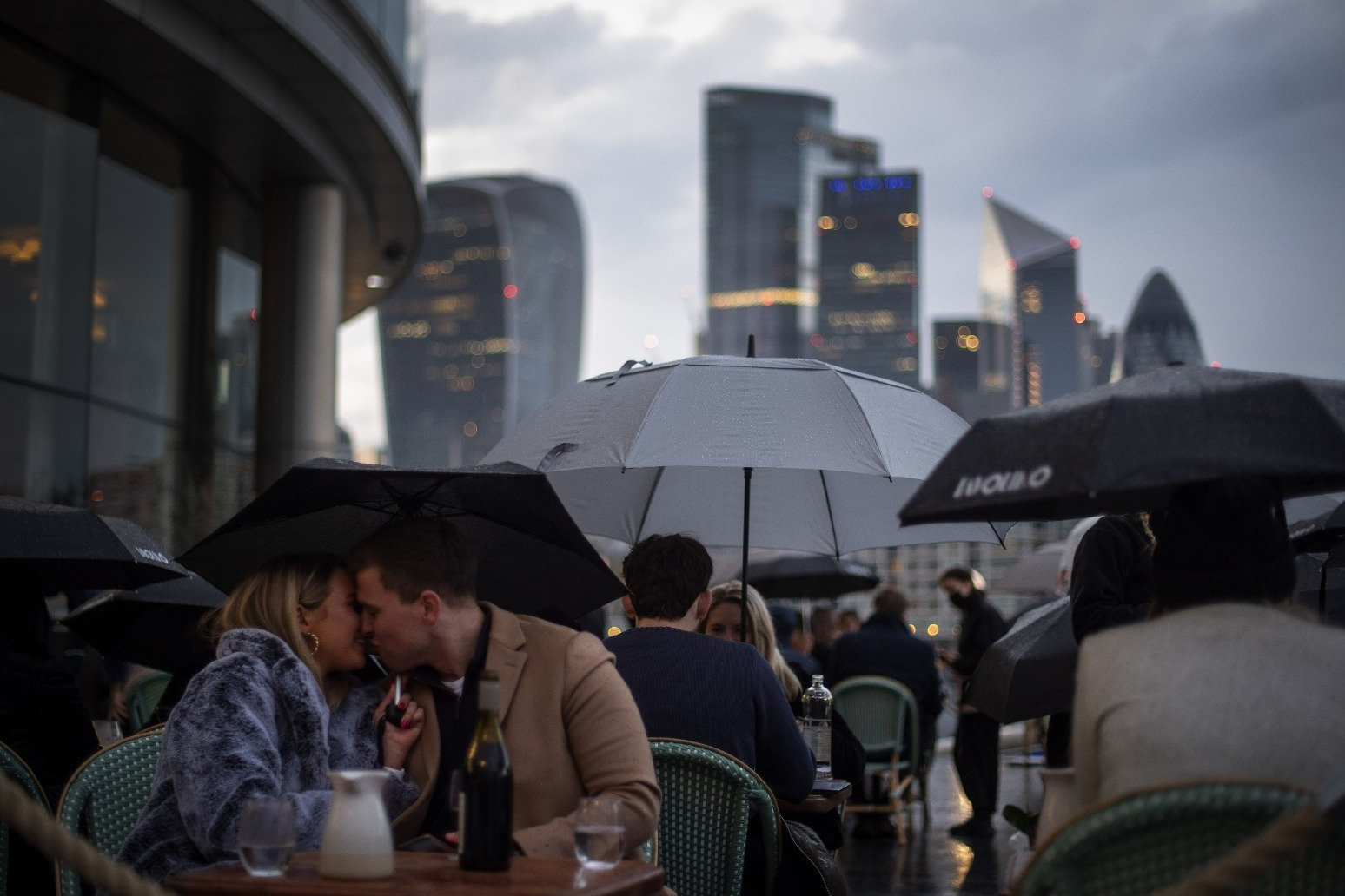 UK set for washout May as unsettled weather persists