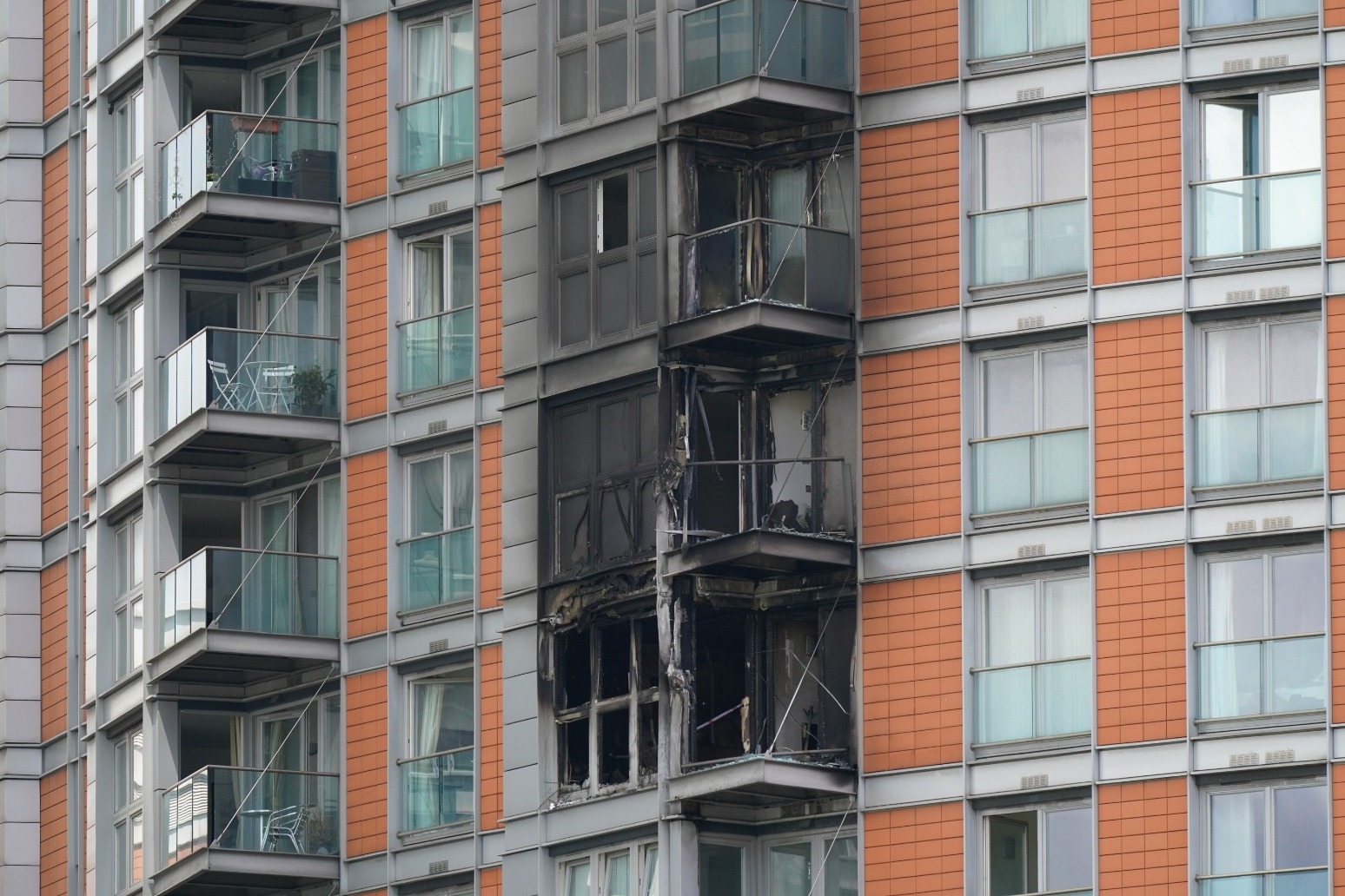 Smoke ventilation system failed as fire tore through block of flats – report