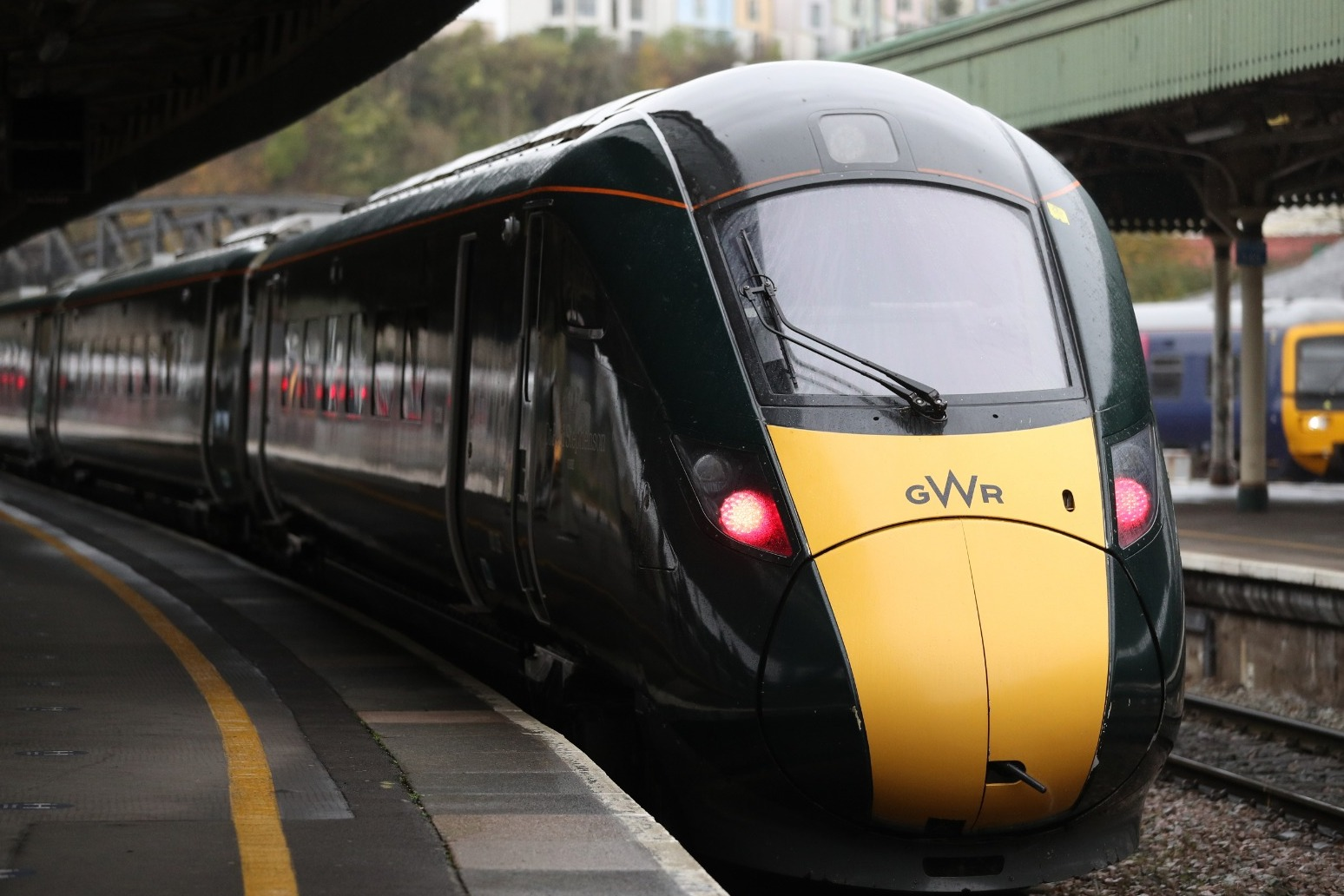 Knock-on rail disruption could last days after cracks found in trains