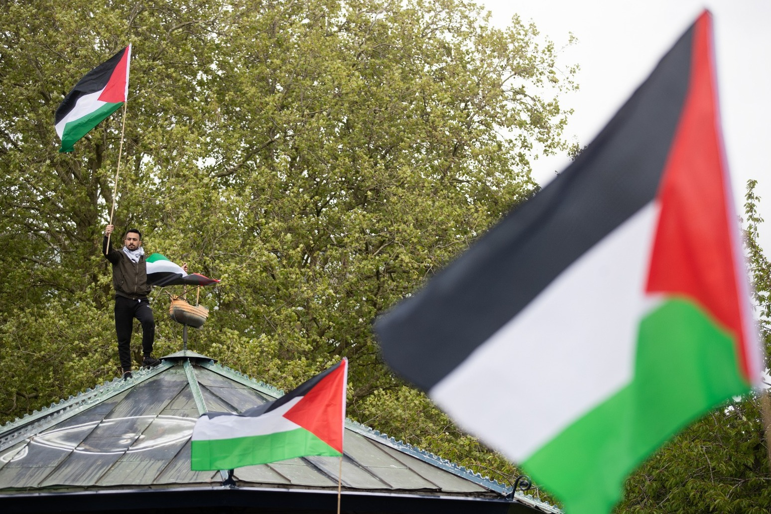 Boris Johnson welcomes Israeli ceasefire in Gaza