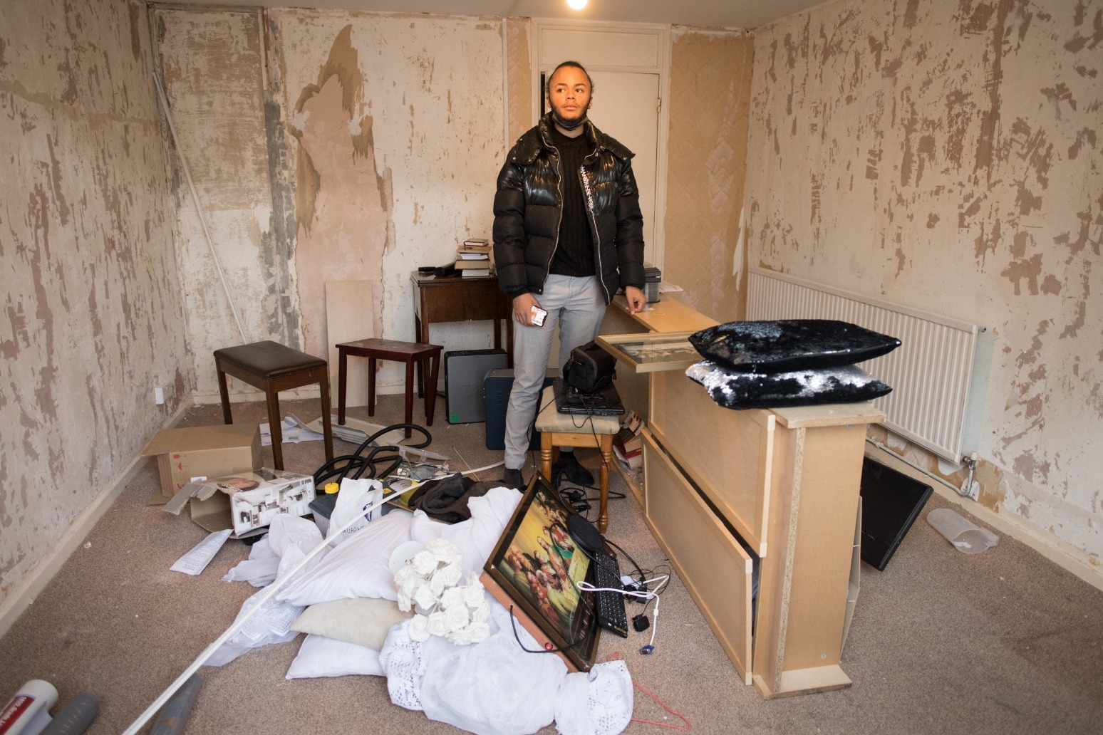 Tenant left in 'cockroach-infested' and 'rotten' council housing for three years