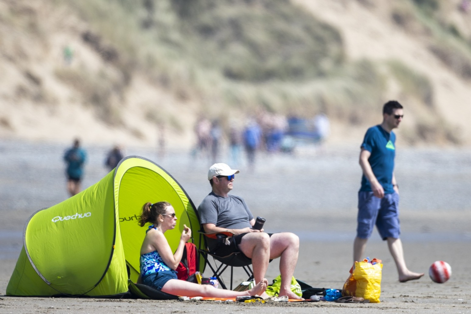 Record temperatures set to continue after balmy bank holiday Monday