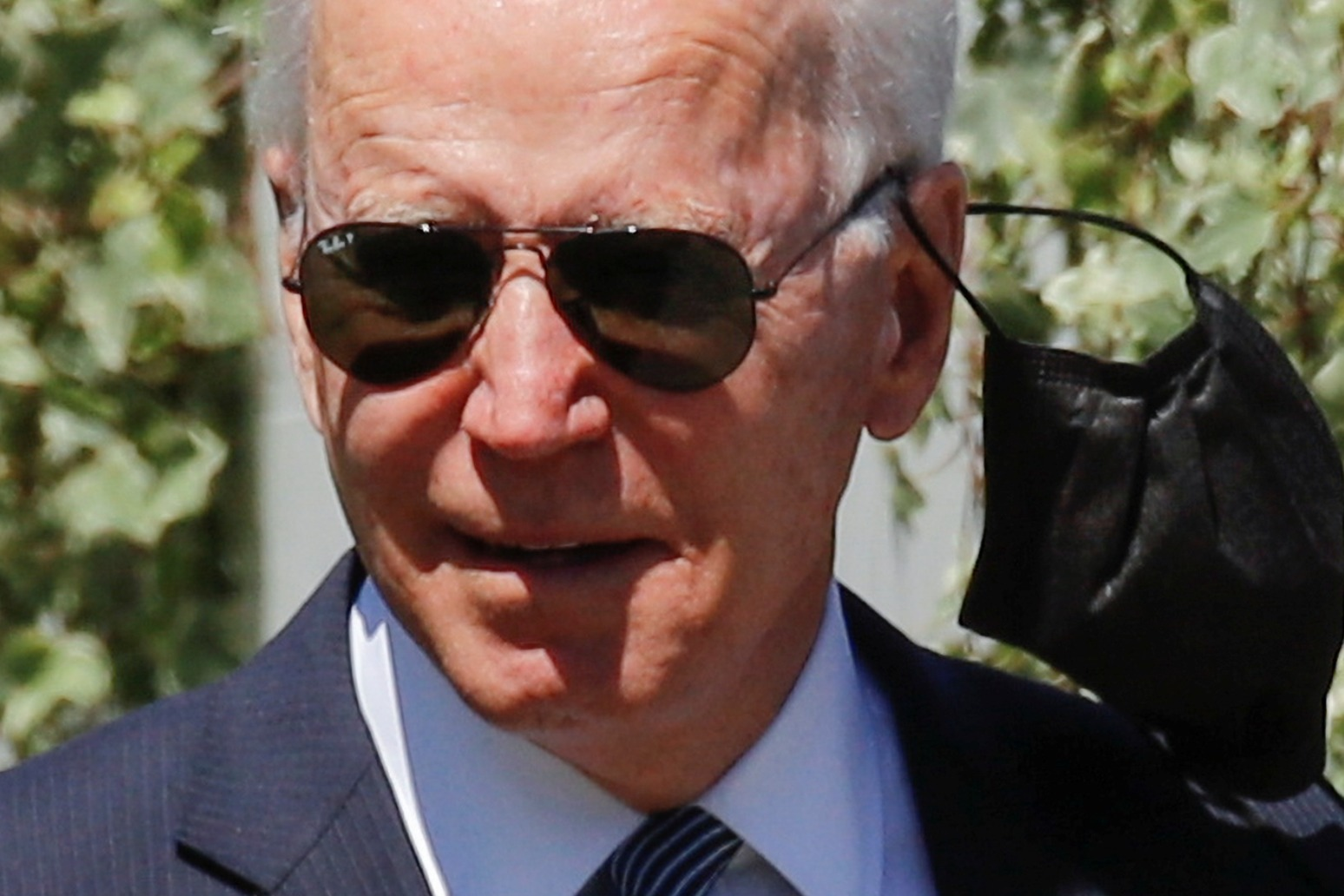 Joe Biden defends handling of US departure from Afghanistan thumbnail