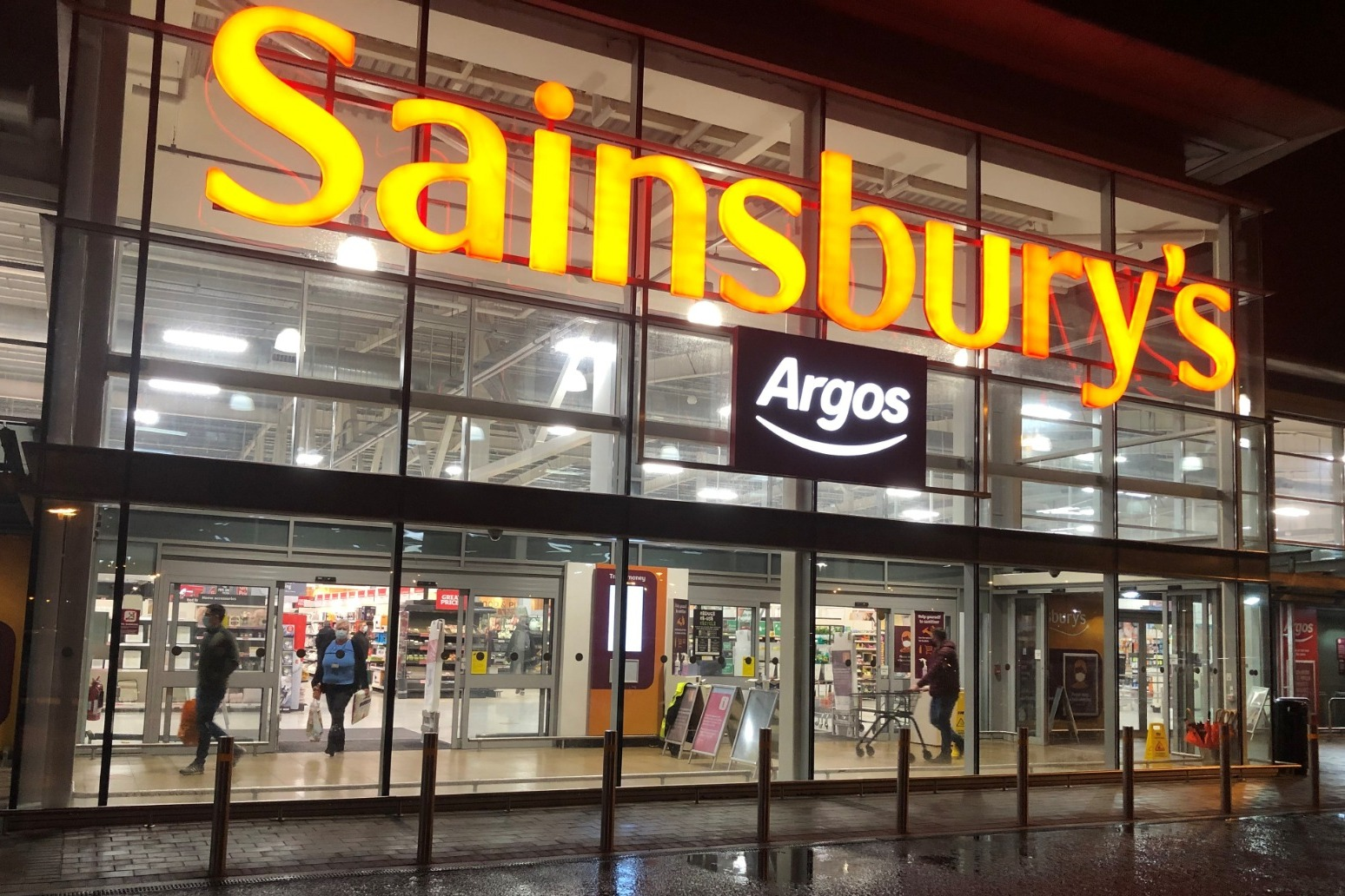 Sainsbury's expected to end compulsory mask-wearing from July 19
