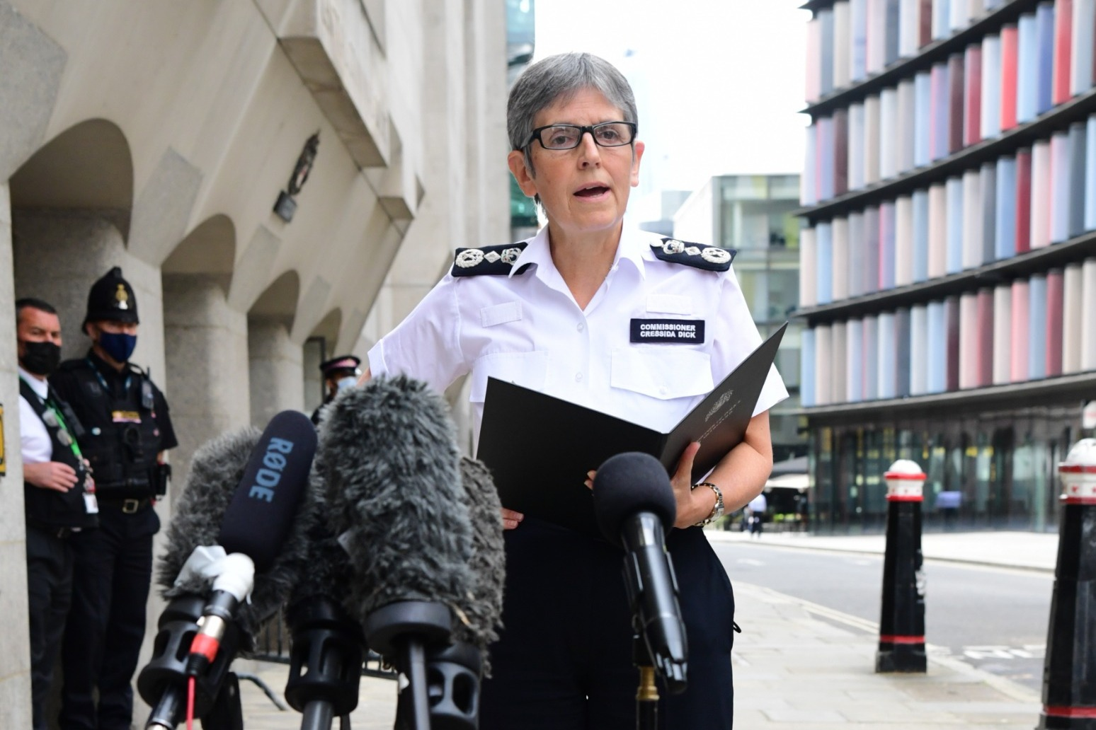 Met police under pressure to review vetting process after Everard killing