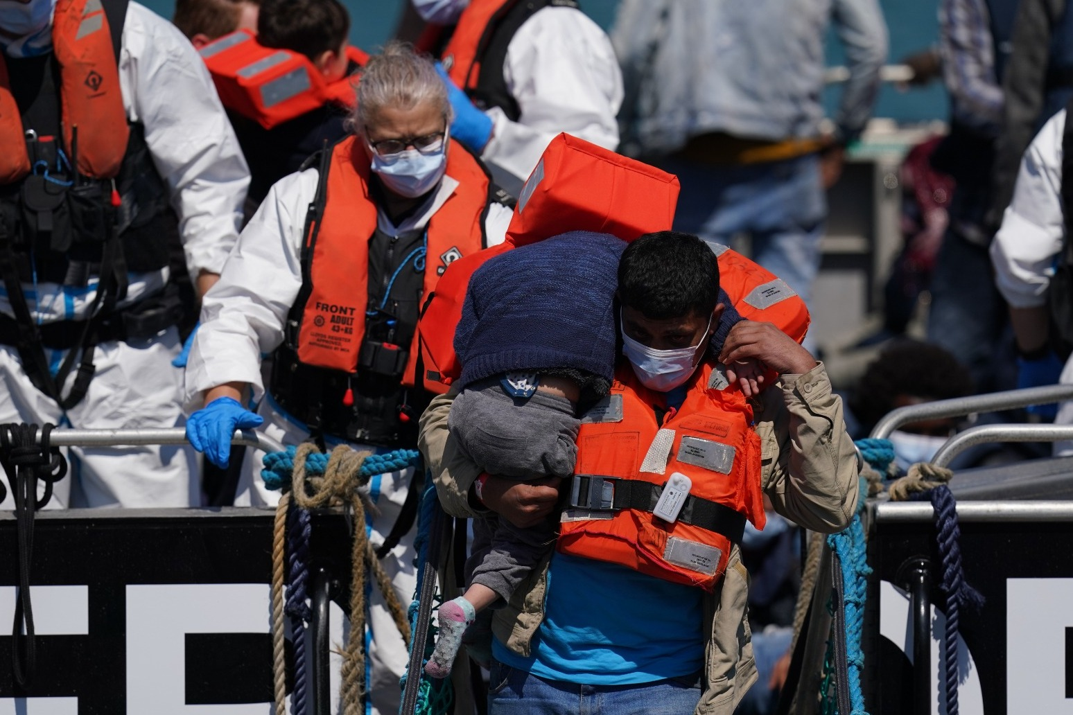 English Channel crossings pass 10,000 as new daily record reached