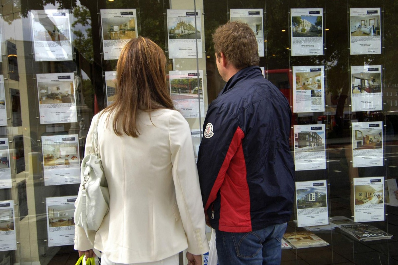House hunter inquiries fall as stamp duty holiday tapered