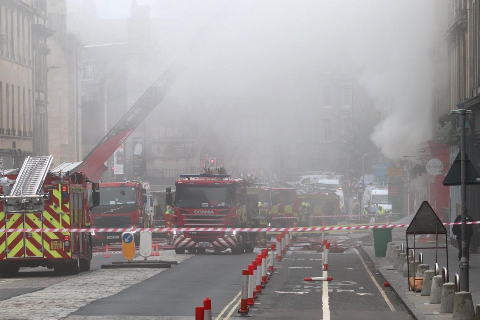 Fire crews tackle large fire in Edinburgh