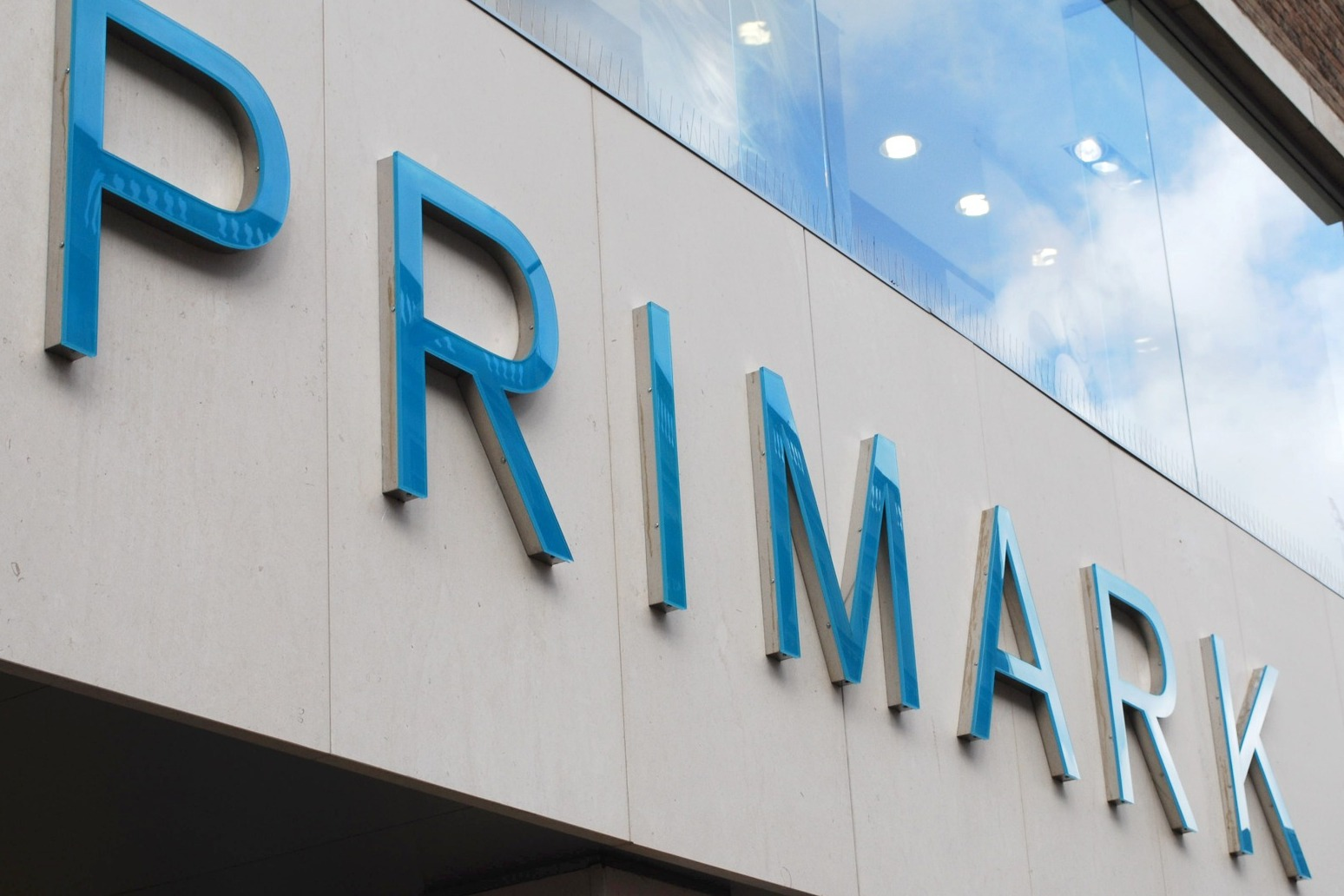 Price of Primark clothes 'will not rise despite inflationary pressures'