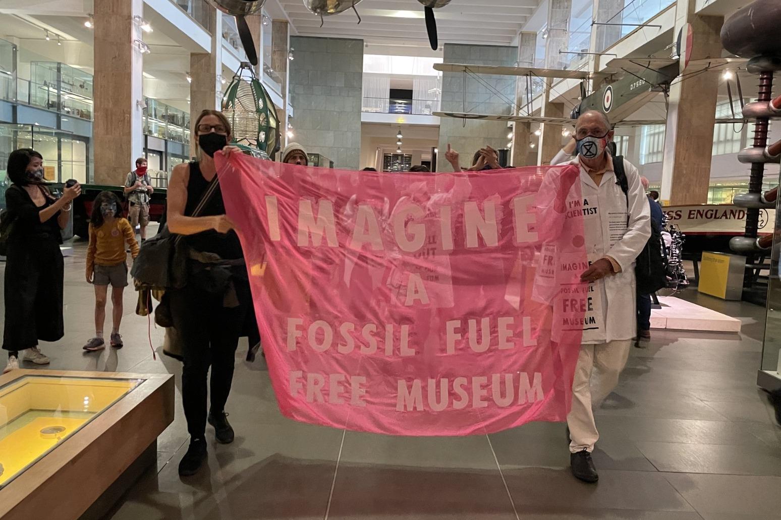 Science Museum board member resigns over oil sponsorship