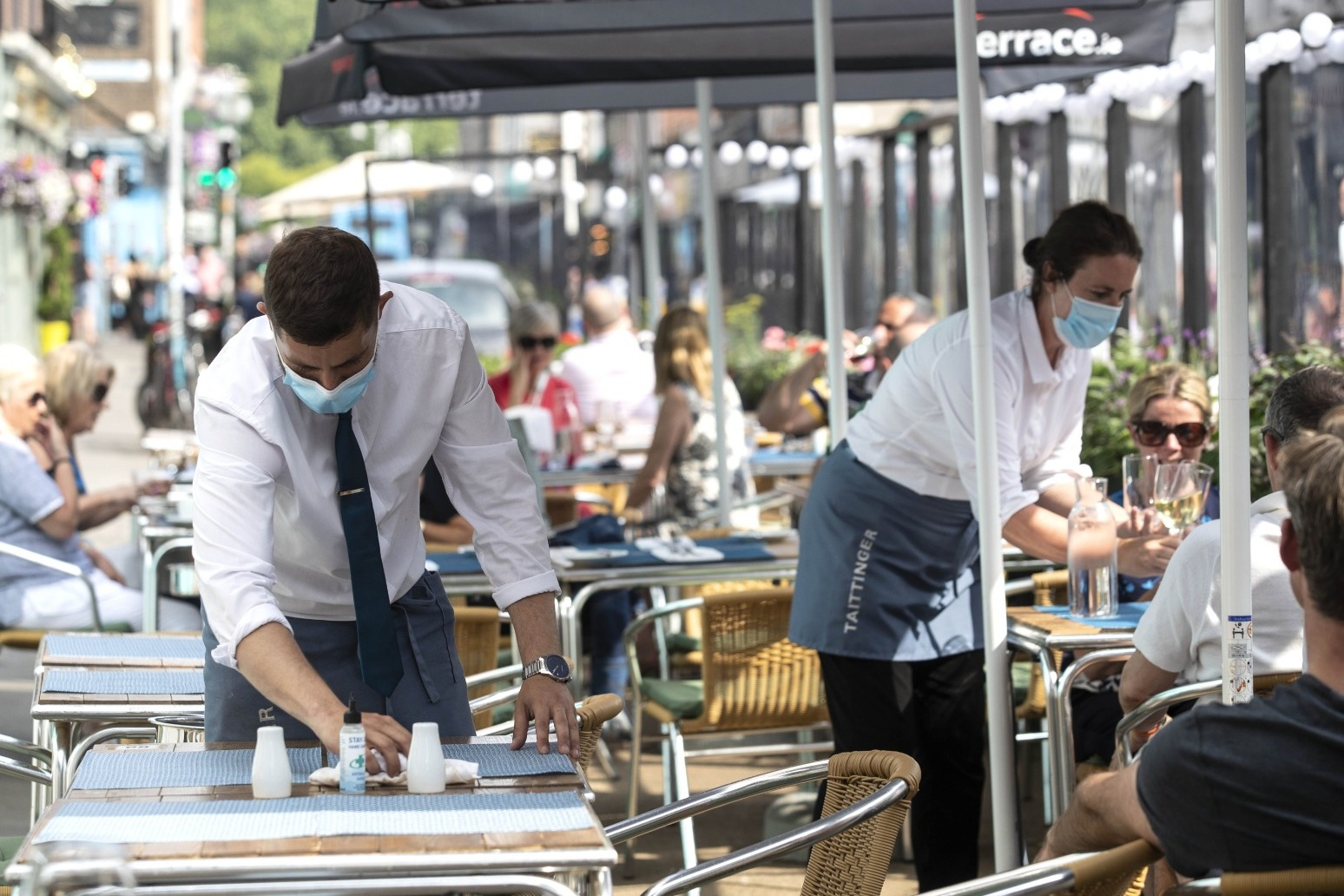 Three quarters of hospitality firms hiking wages amid staff shortages – survey