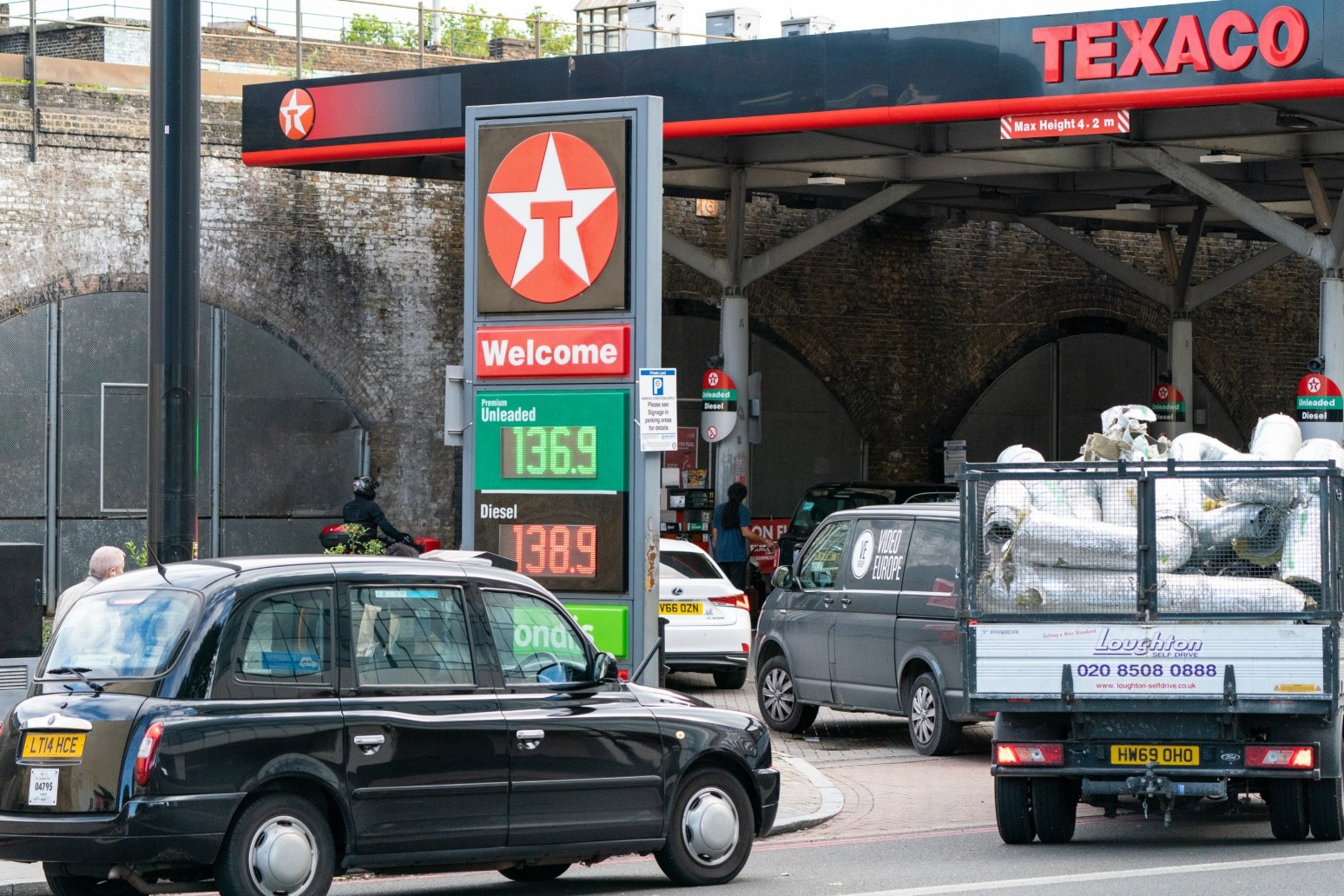 Military drivers mobilised to deliver fuel to petrol stations