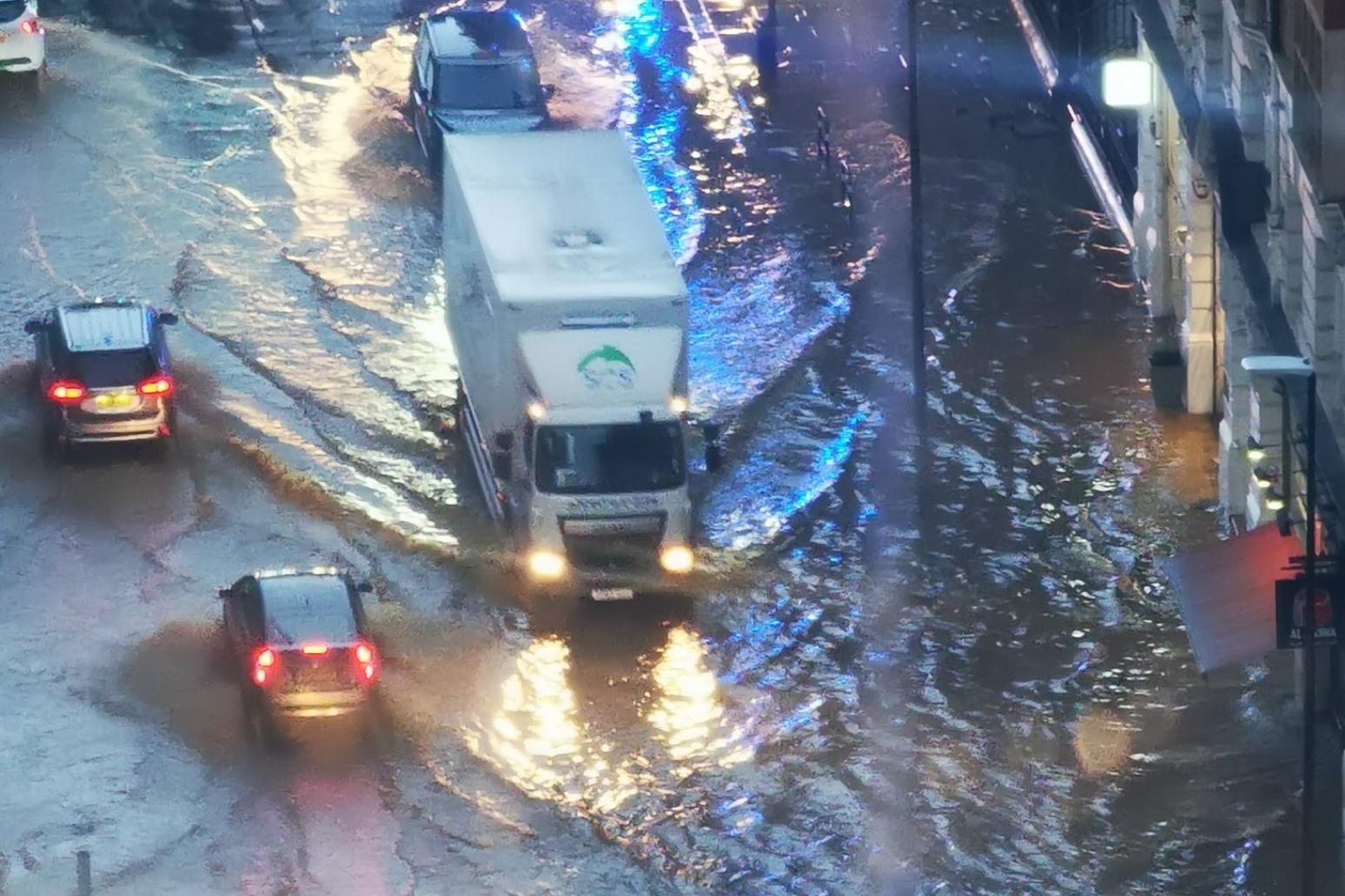 Heavy rain moving northwards following flash floods in London