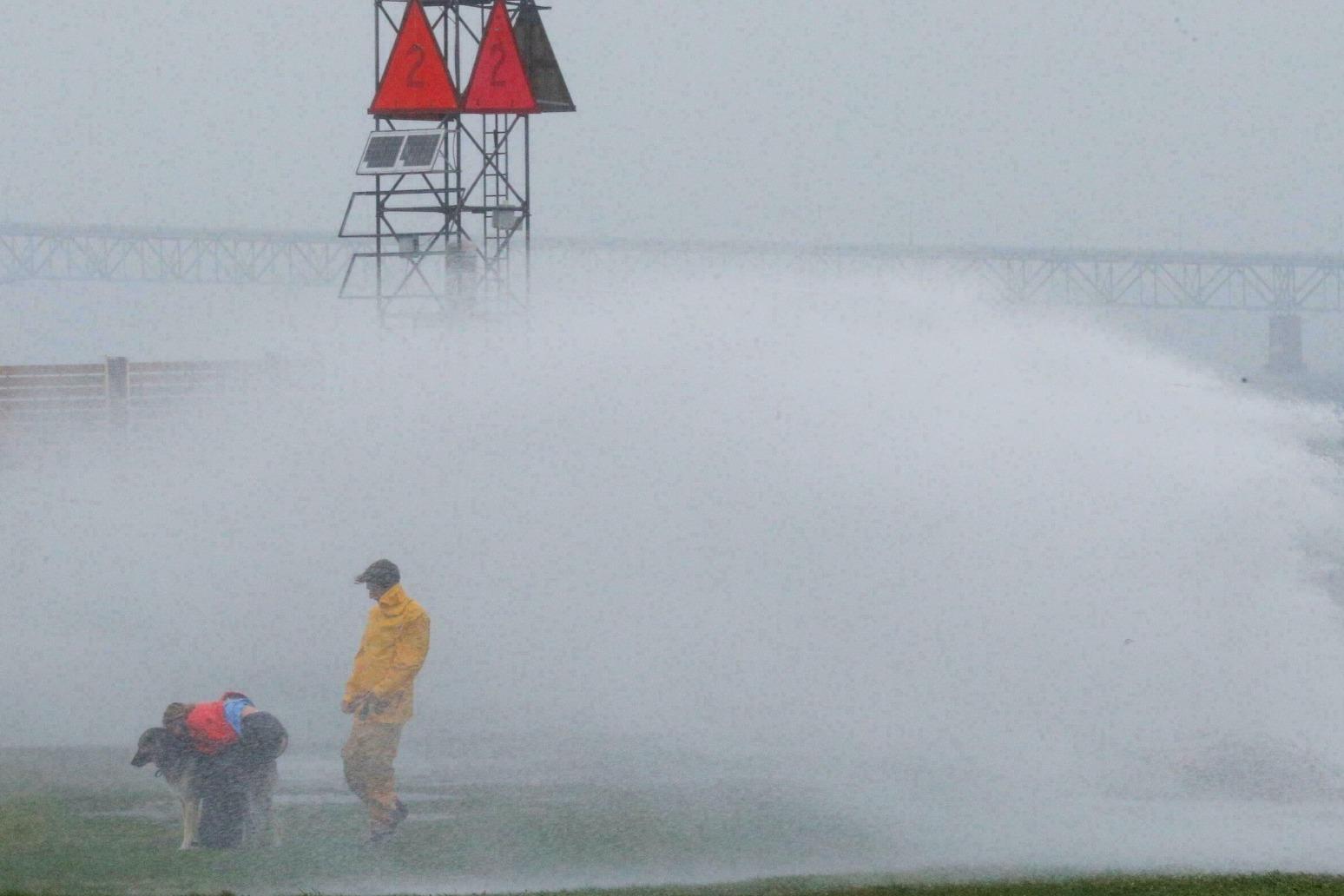 Tropical Storm Henri makes landfall on US East coast.