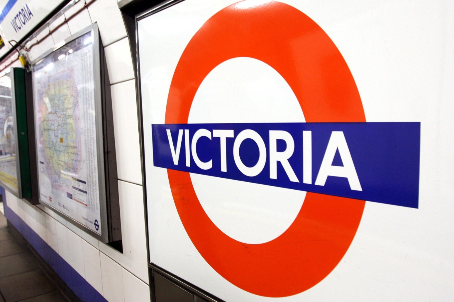 VICTORIA LINE TUBE DRIVERS TO STRIKE OVER INDUSTRIAL RELATIONS \'BREAKDOWN\'