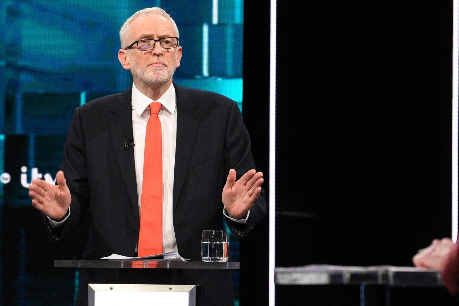 WOE JEREMY CORBYN - LABOUR LEADER BLAMES BREXIT AND PLEDGES TO STAND DOWN