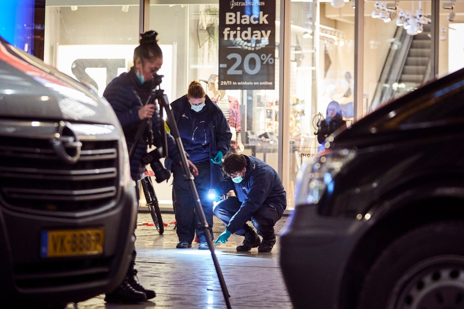 MAN ARRESTED AFTER TEENAGERS INJURED IN HAGUE STABBING