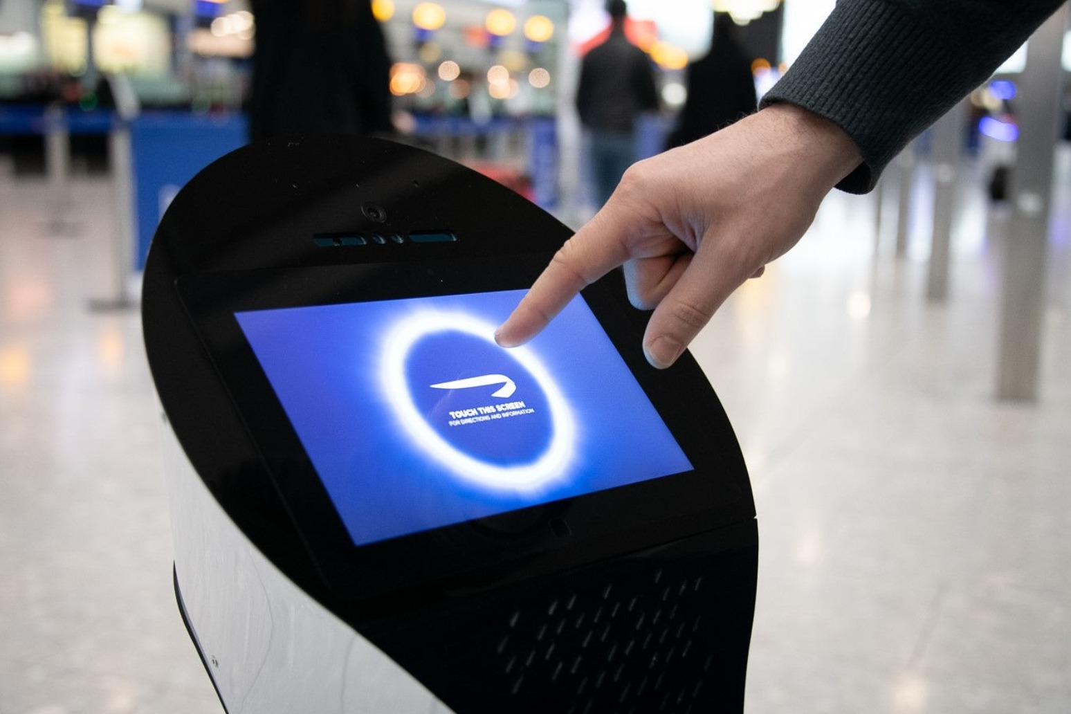 ROBOTS TO HELP BA PASSENGERS FIND THEIR WAY AROUND HEATHROW