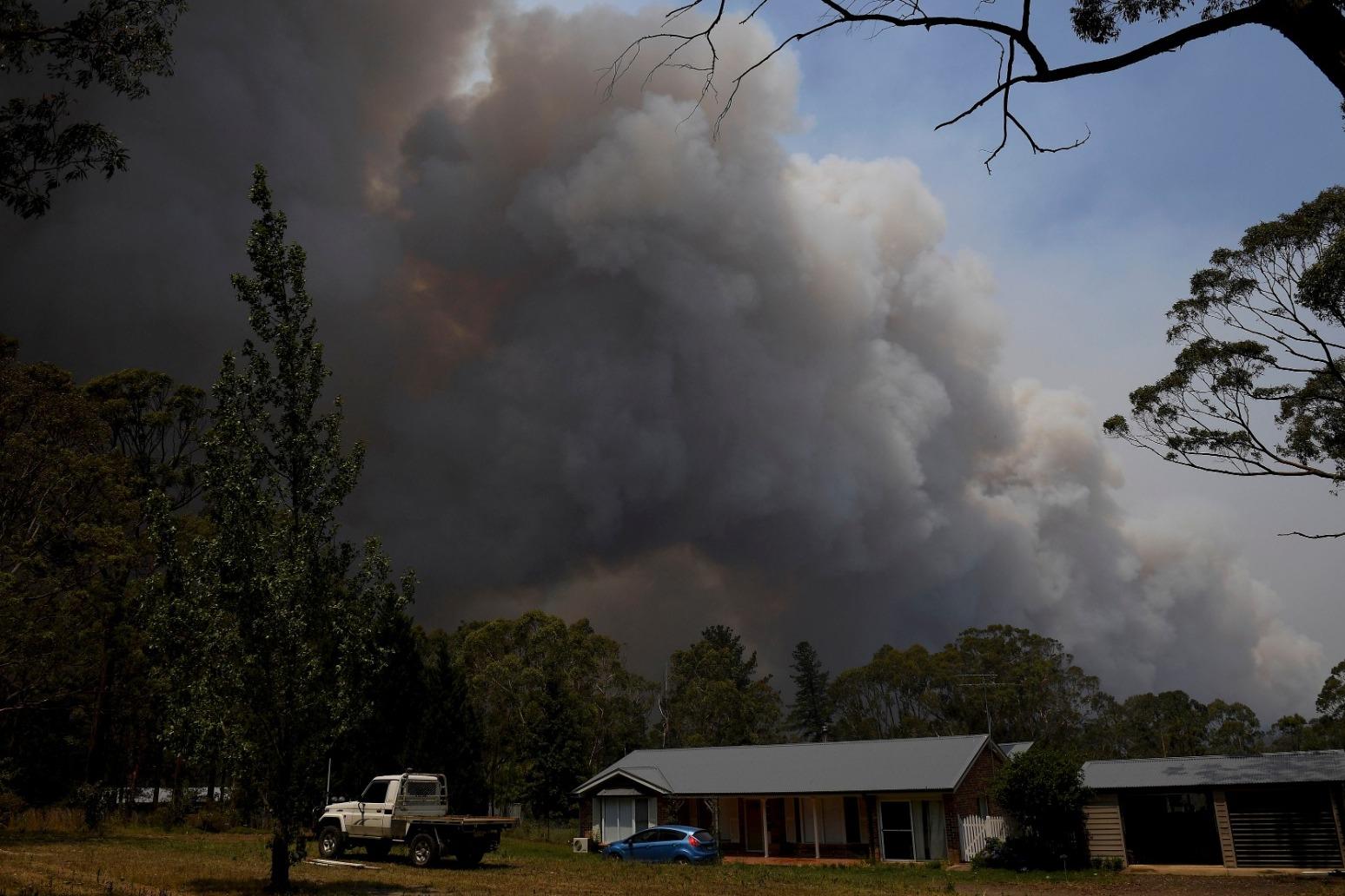 \'CATASTROPHIC\' FIRES CONTINUE TO SAVAGE AUSTRALIA