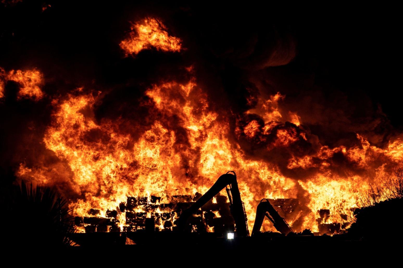 HUGE FIRE BREAKS OUT AT BURY SCRAPYARD
