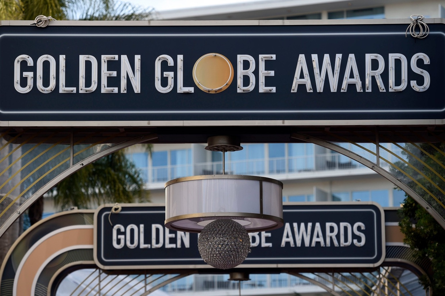 GALAXY OF HOLLYWOOD STARS GET READY TO BATTLE IT OUT AT THE GOLDEN GLOBES