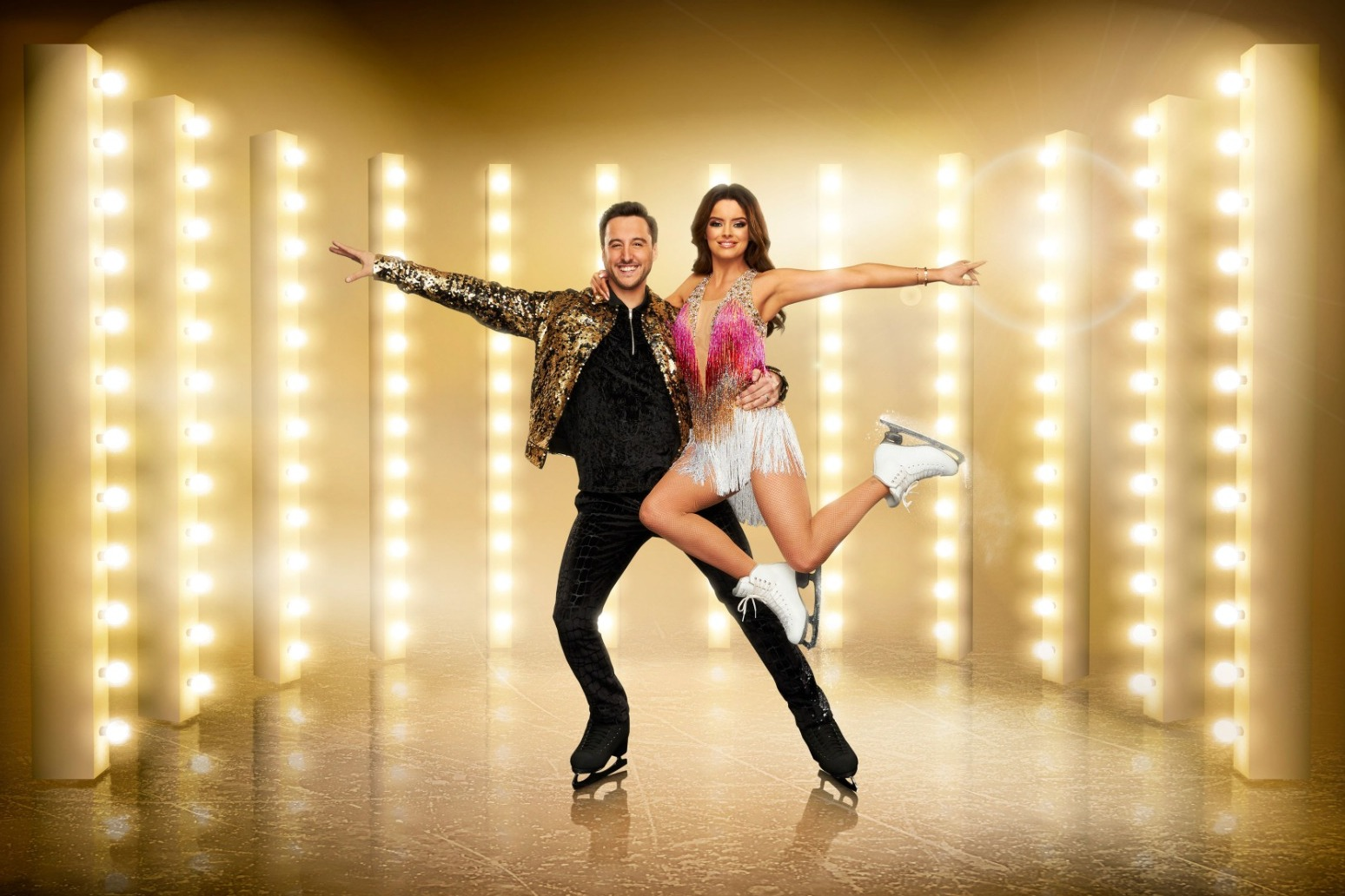 MAURA HIGGINS HOPES DANCING ON ICE TRAINING GIVES HER A \'SKATER\'S BUM\'