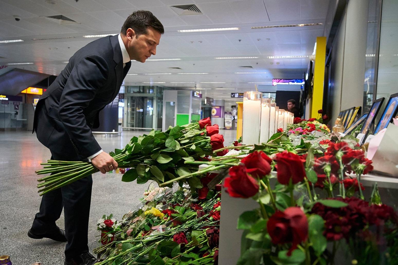 UKRAINIAN PLANE NEVER CALLED FOR HELP BEFORE CRASH, SAY IRAN INVESTIGATORS