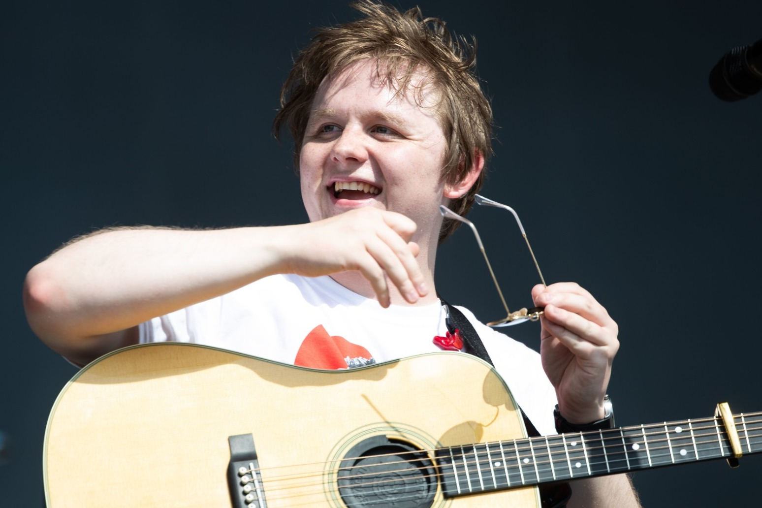 Lewis Capaldi reveals his thoughts on doing a Bond theme
