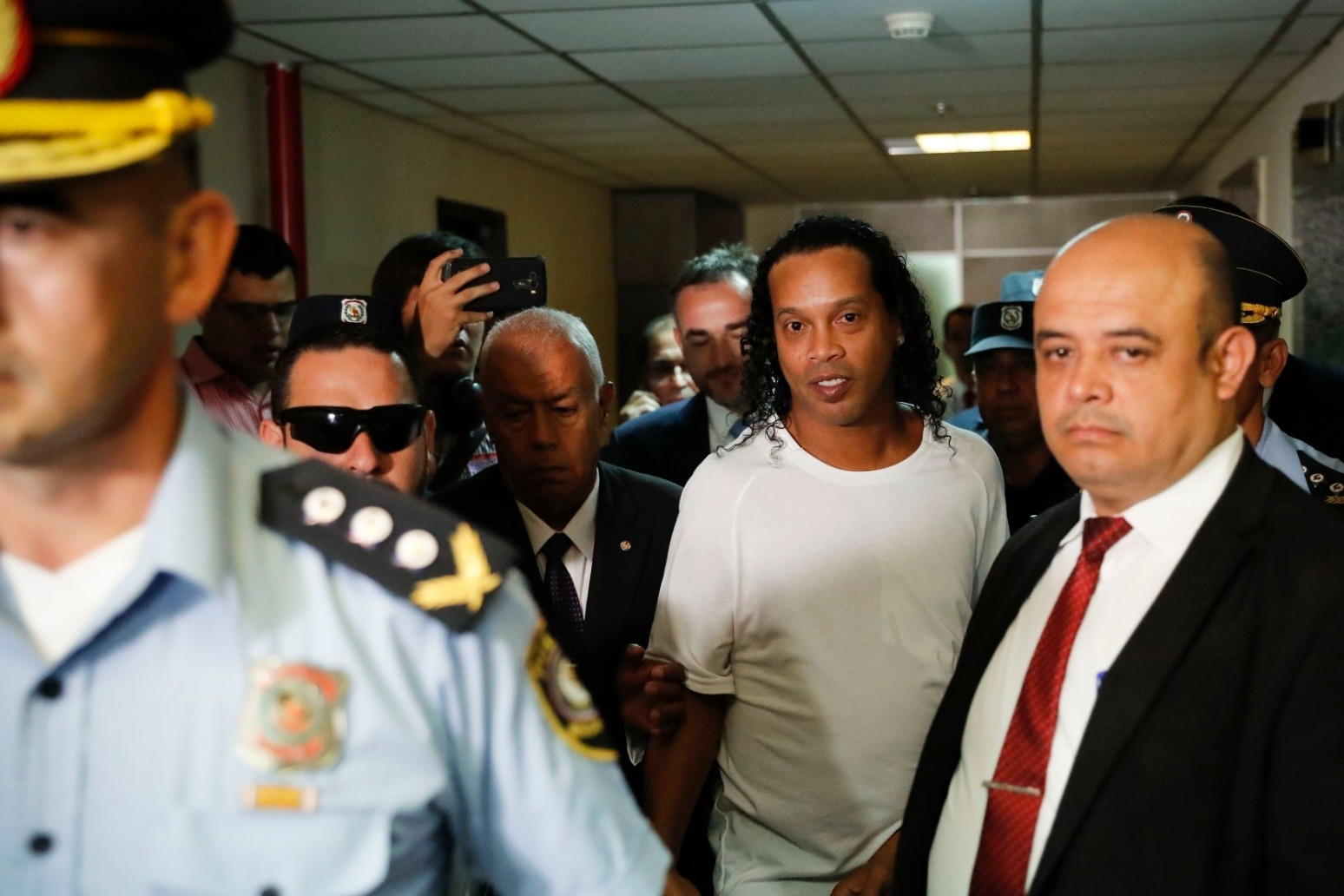 Ronaldinho detained in Paraguay over false documents