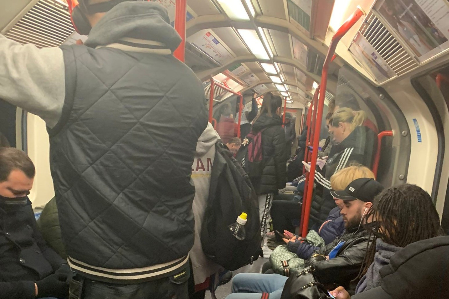 Tube carriages remain packed as politicians row over service levels