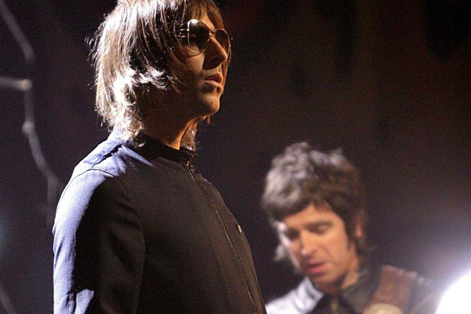 Oasis release previously lost song Don\'t Stop...