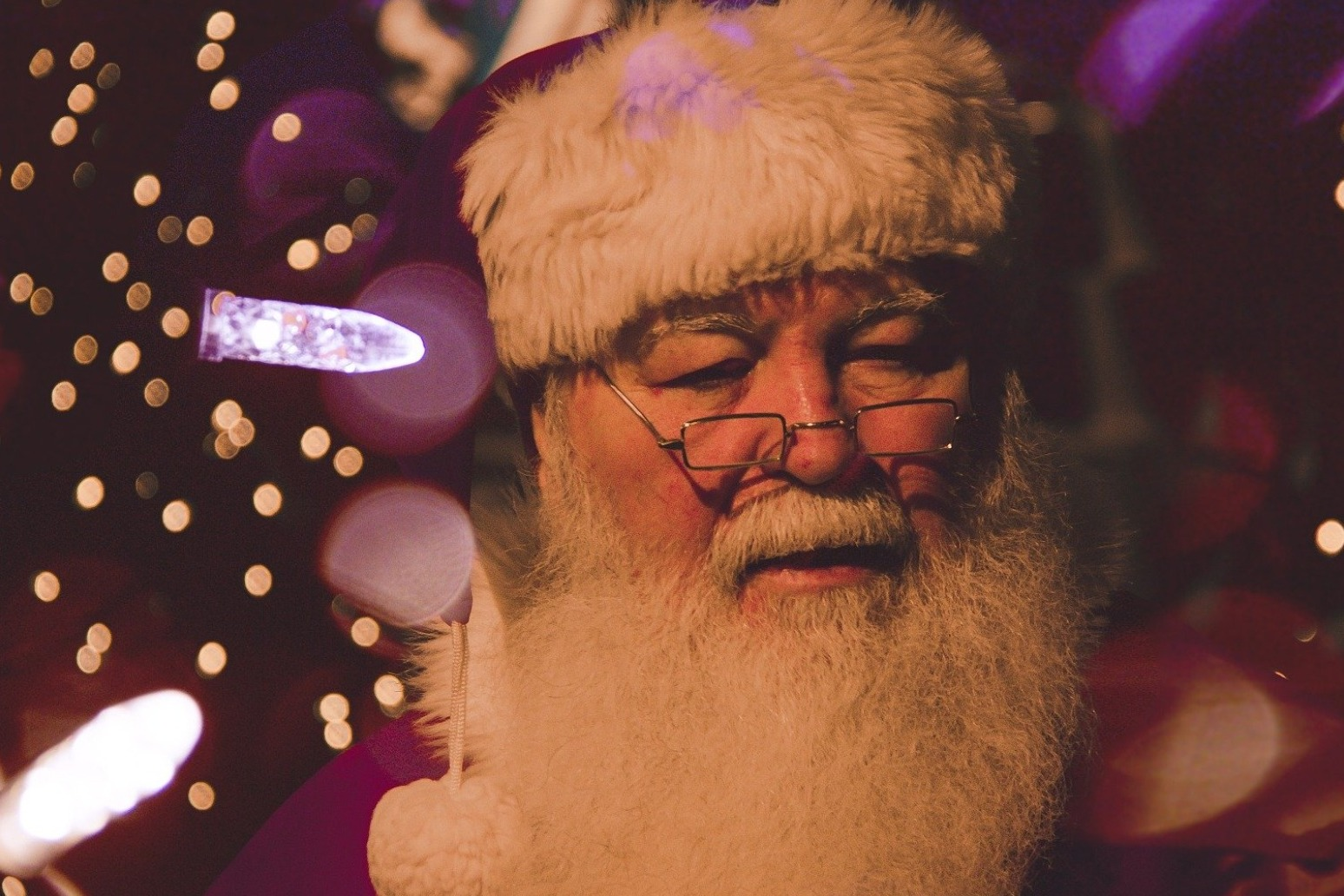 SANTA SPOTTING: PARENTS TURN TO SMART TECH TO PROVE FATHER CHRISTMAS IS REAL