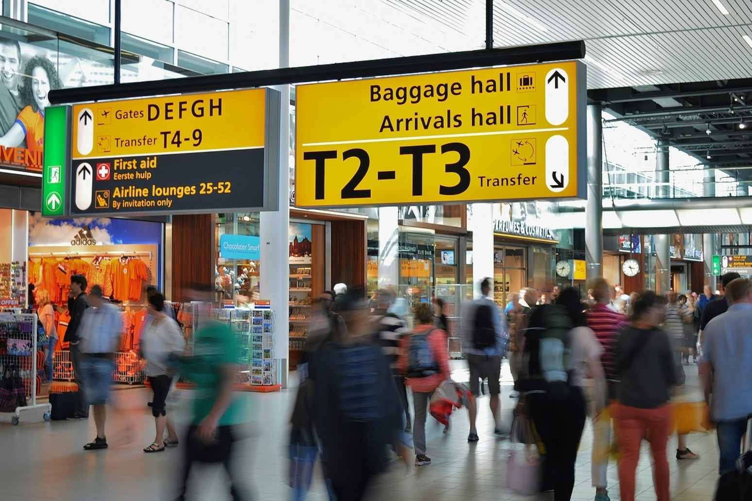 European countries ban UK flights to fend off new Covid-19 strain